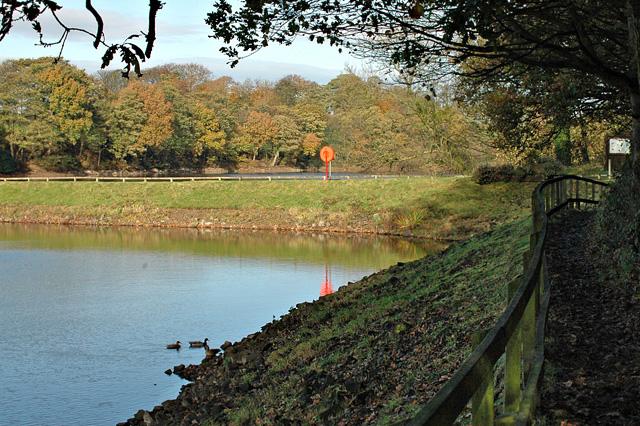 Worthington Lakes - geograph.org.uk - 921709