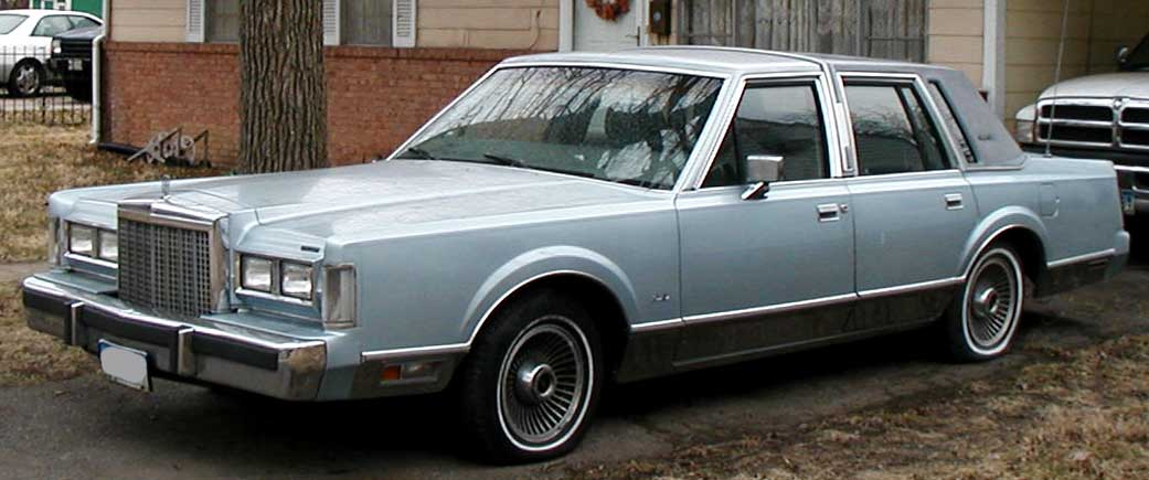 Lincoln Town Car 1980 Images & Pictures - Becuo