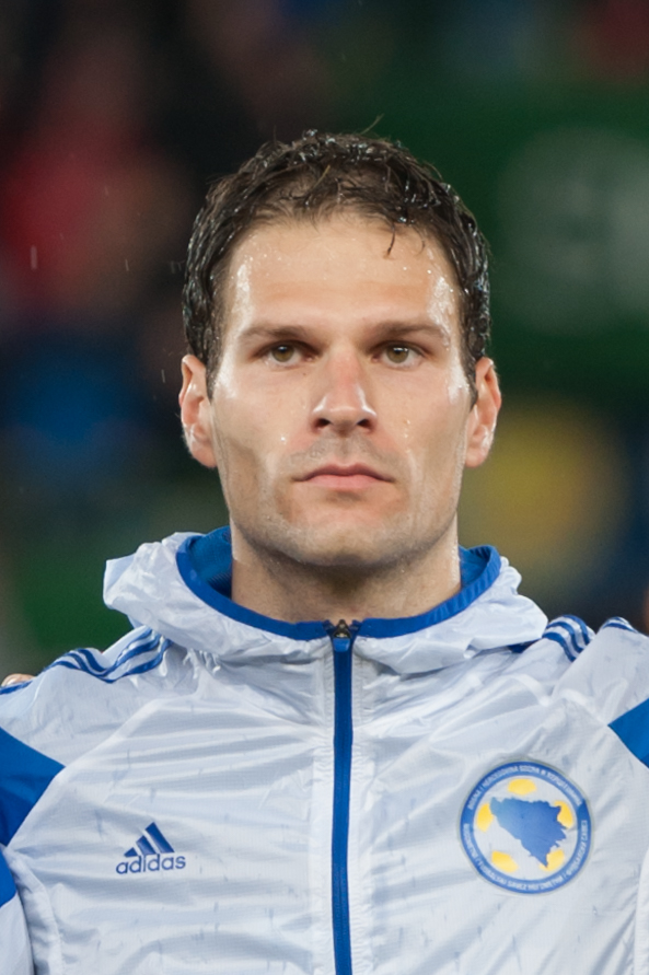 begovic - photo #5