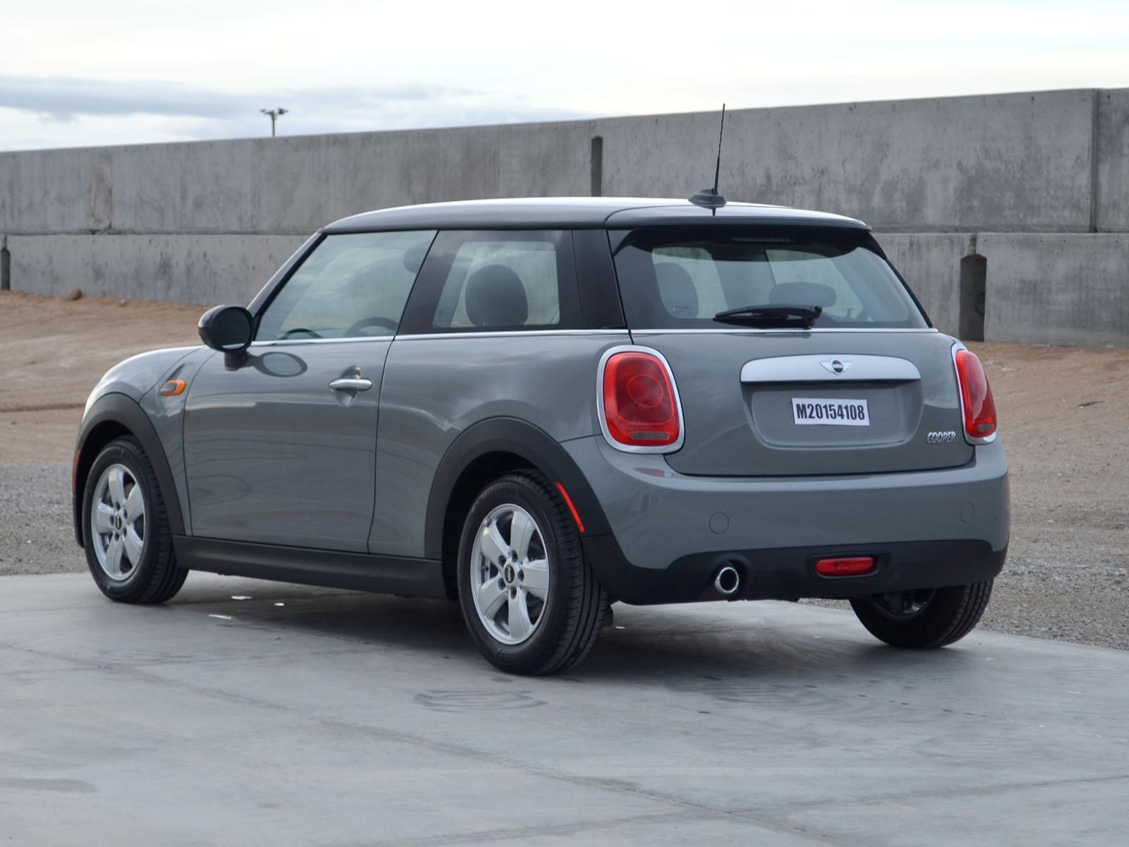 file 2015 mini cooper hardtop 2 door nhtsa test 9063 wikimedia commons. Black Bedroom Furniture Sets. Home Design Ideas