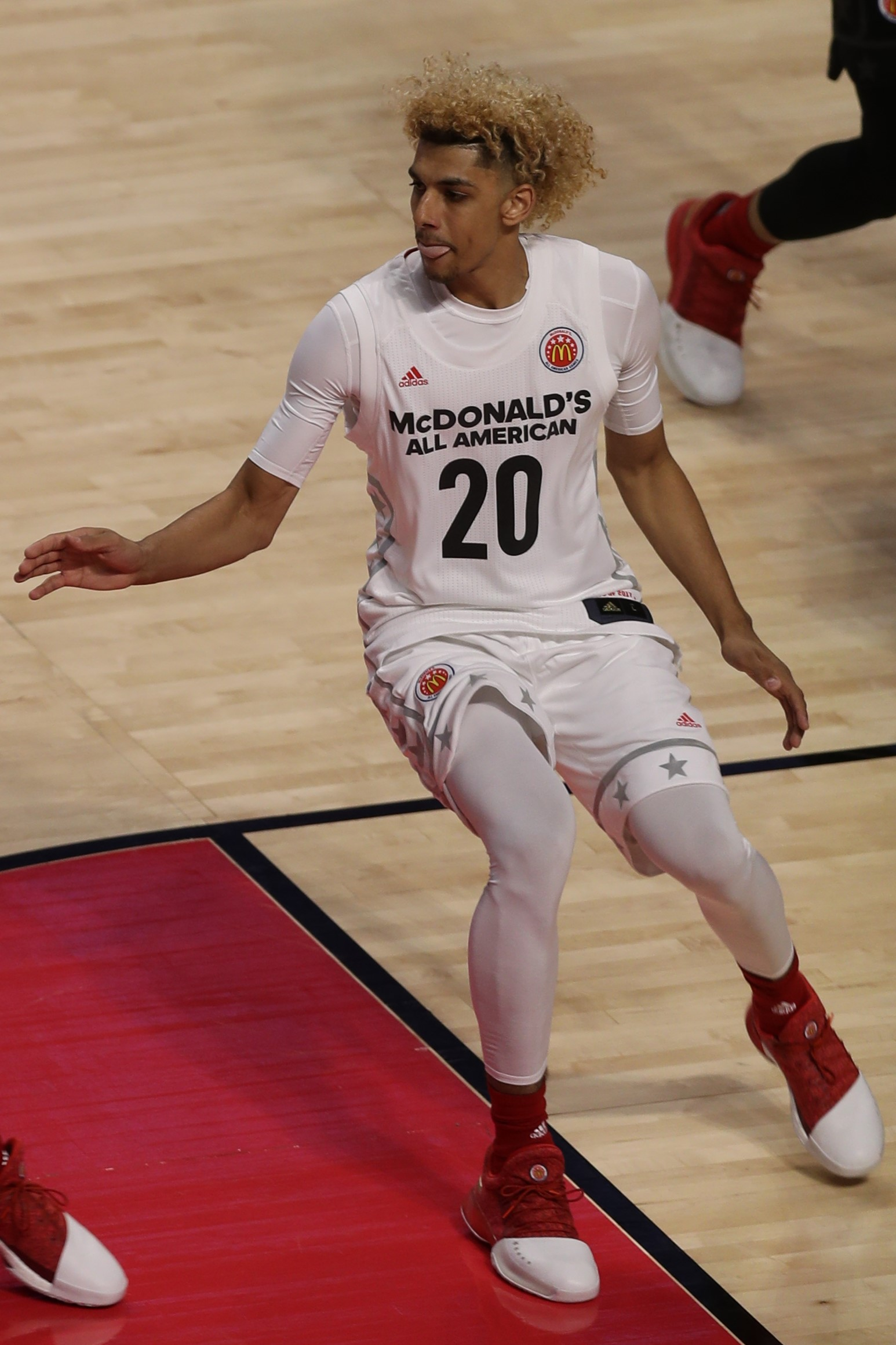 best sneakers 04b95 41371 File:20170329 MCDAAG Brian Bowen II defends Jarred ...