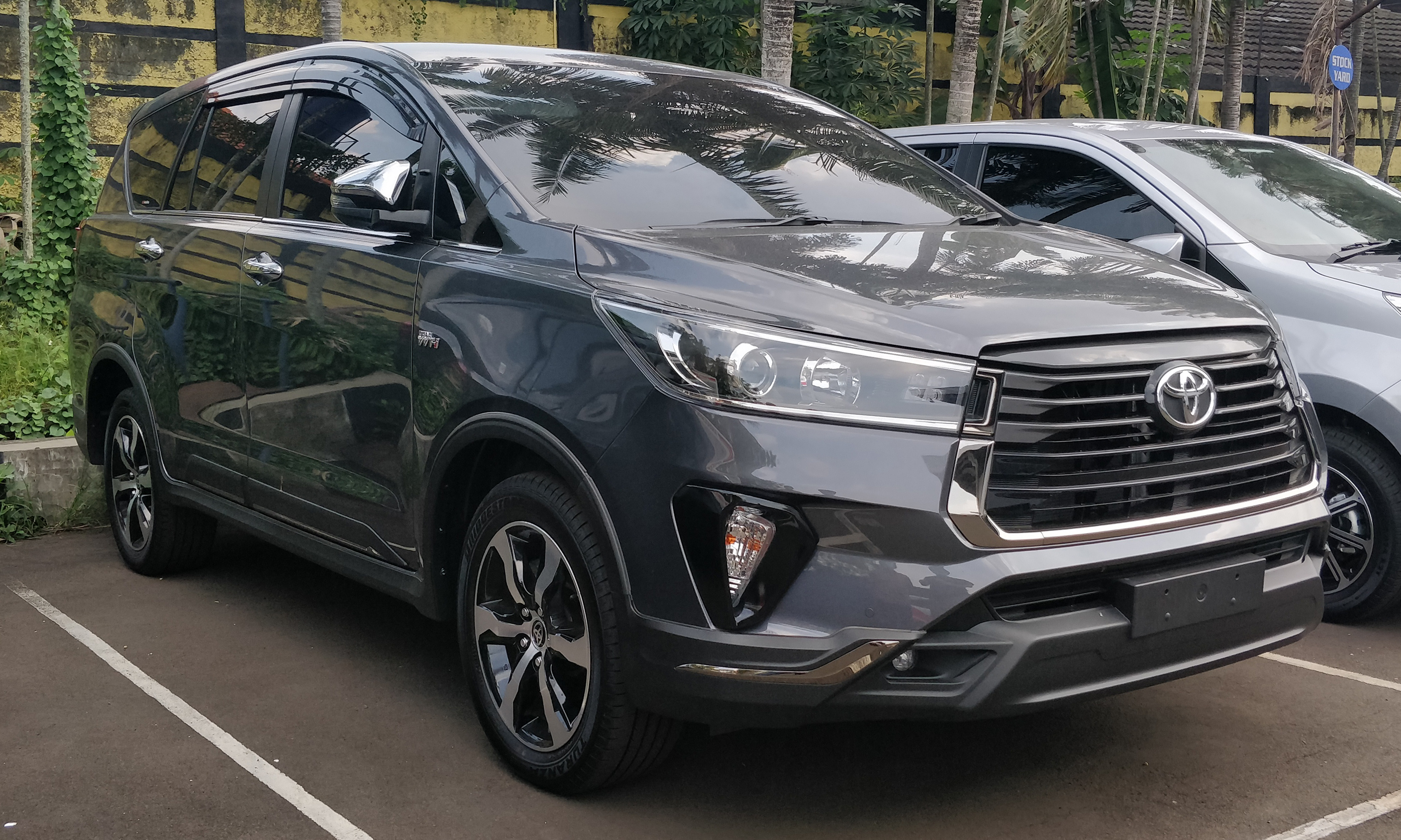 hue-hoi-an-private-car
