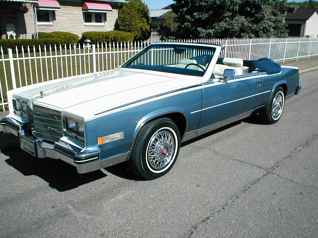 File:85 Cadillac Convertible.JPG - Wikimedia Commons