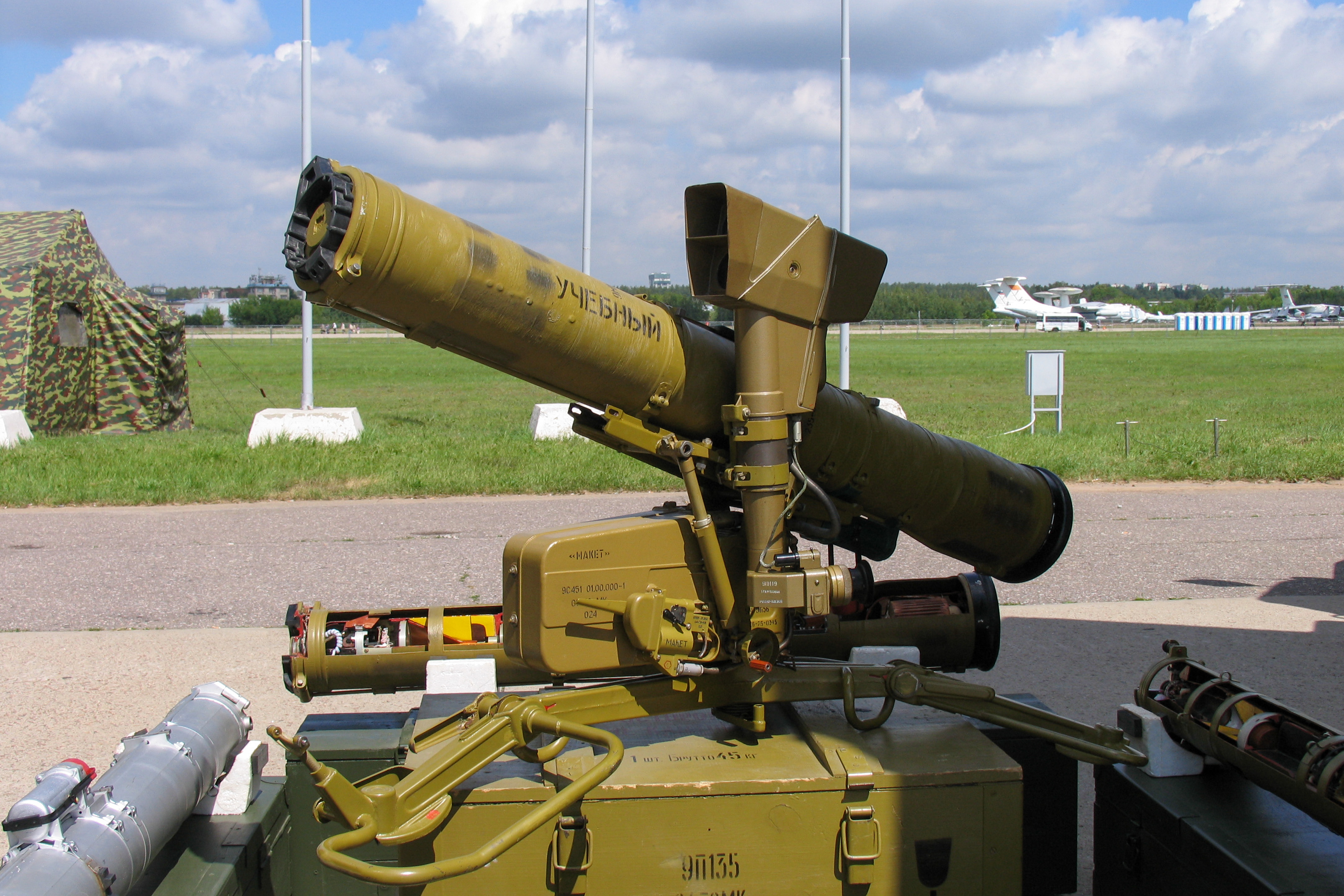 9P135_Fagot_missile_launcher_at_Engineering_Technologies_2012.jpg