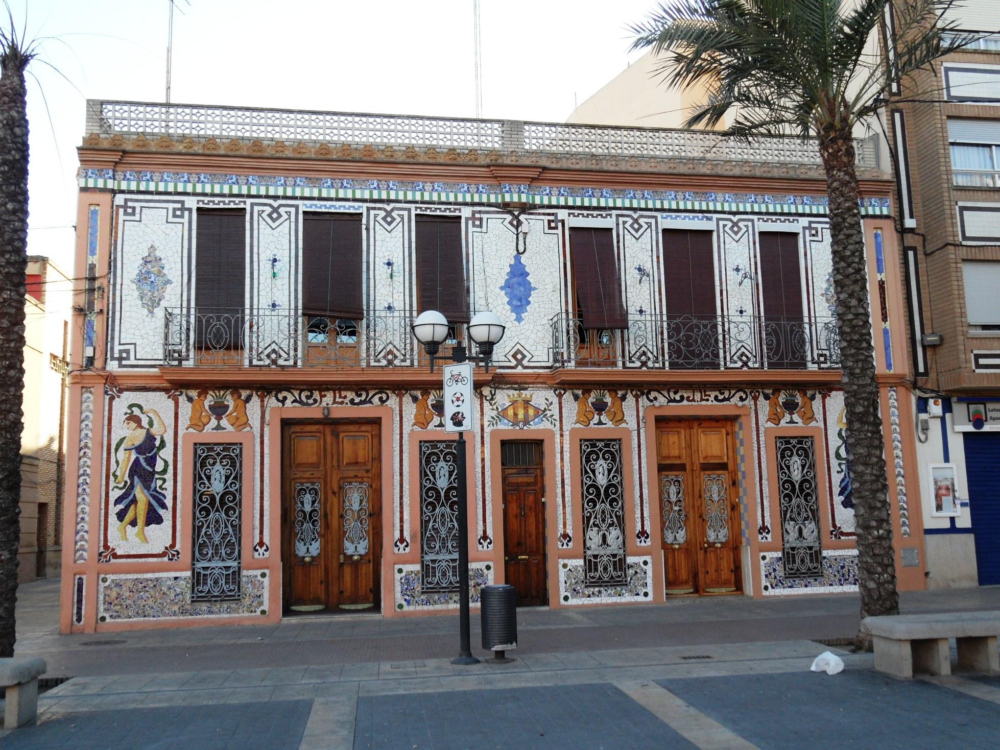 Image gallery modernista - Casa modernista barcelona ...