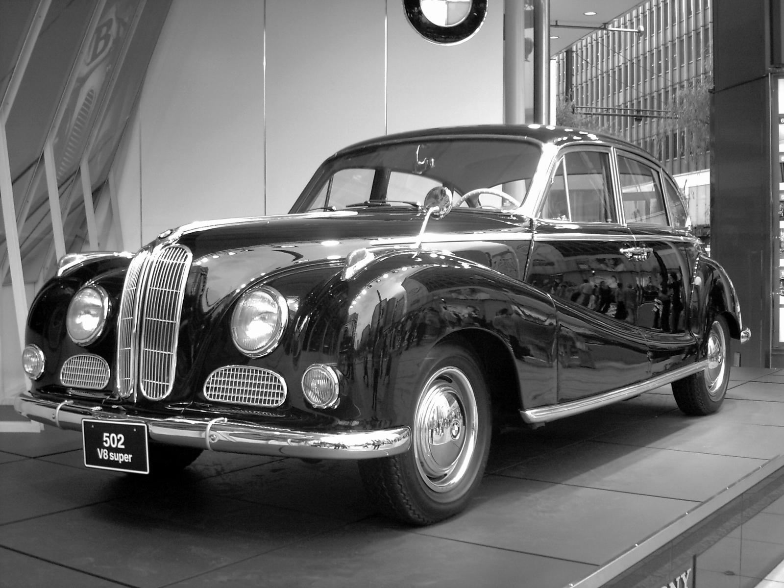 File:BMW 502 V8 (03).jpg - Wikimedia Commons