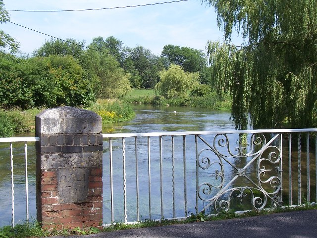 Bridge over river Itchen - geograph.org.uk - 28443