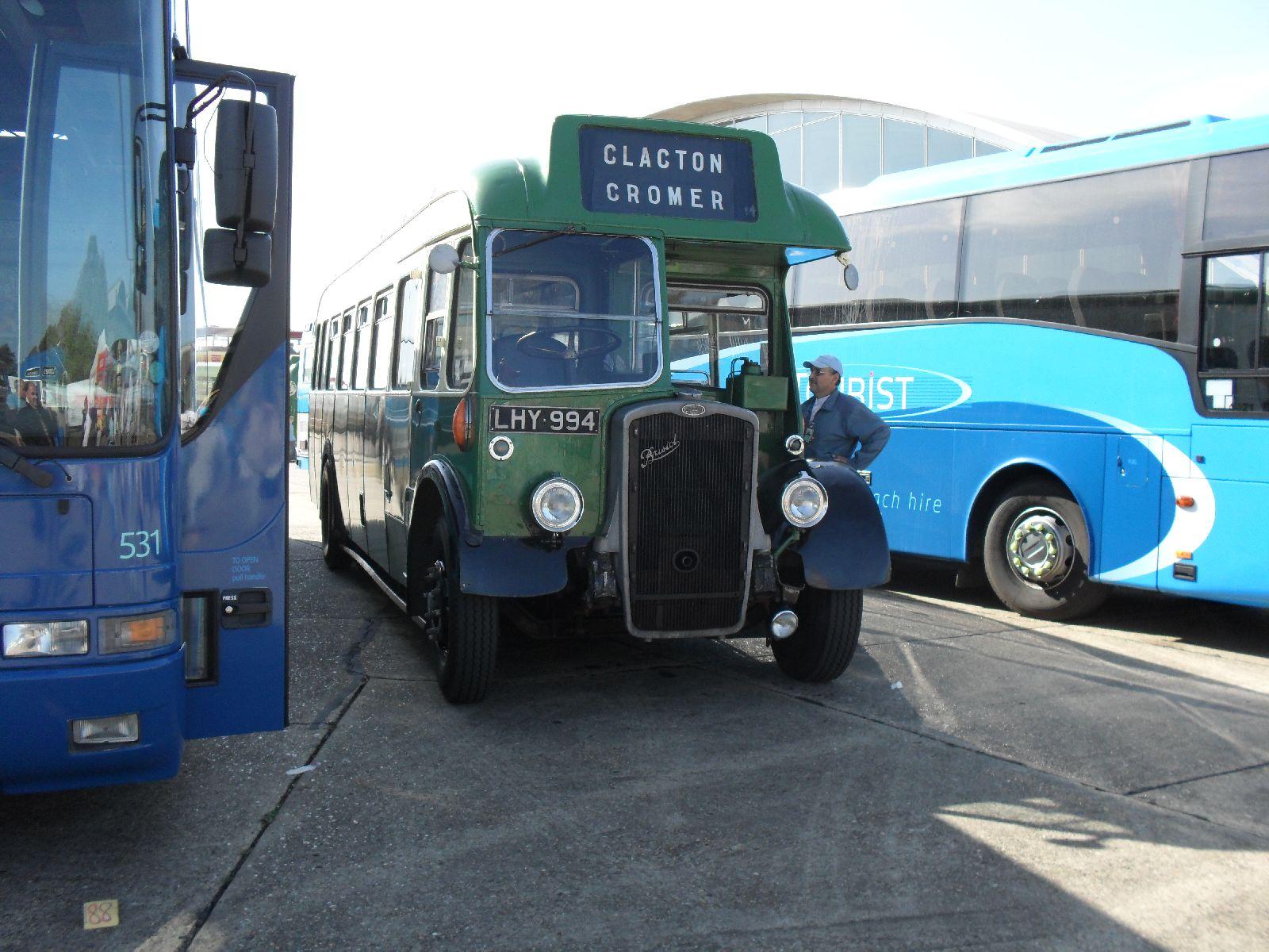 File:Bristol Omnibus bus 2447 (LHY 994), Showbus rally 2009.jpg