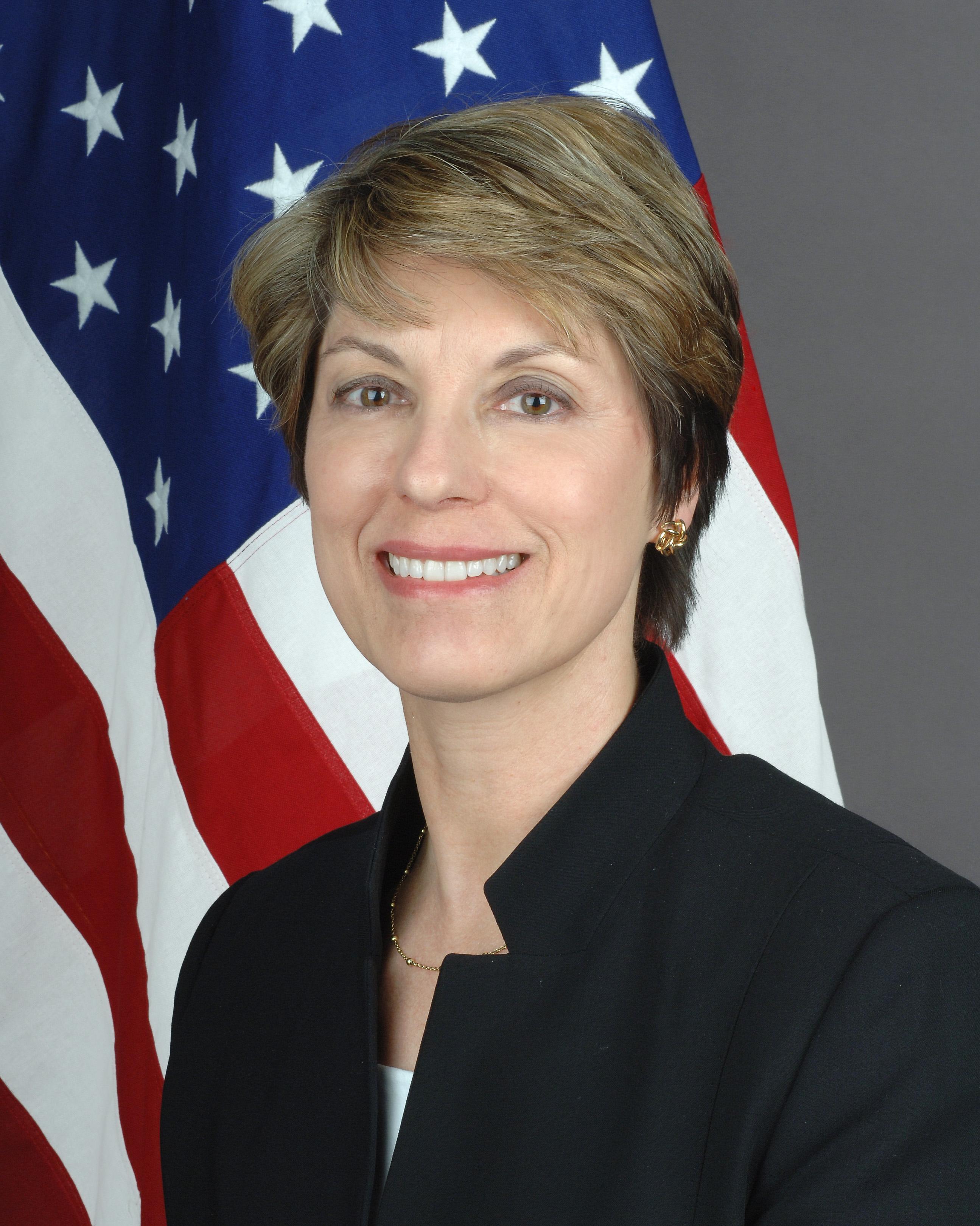 Carol van Voorst.jpg