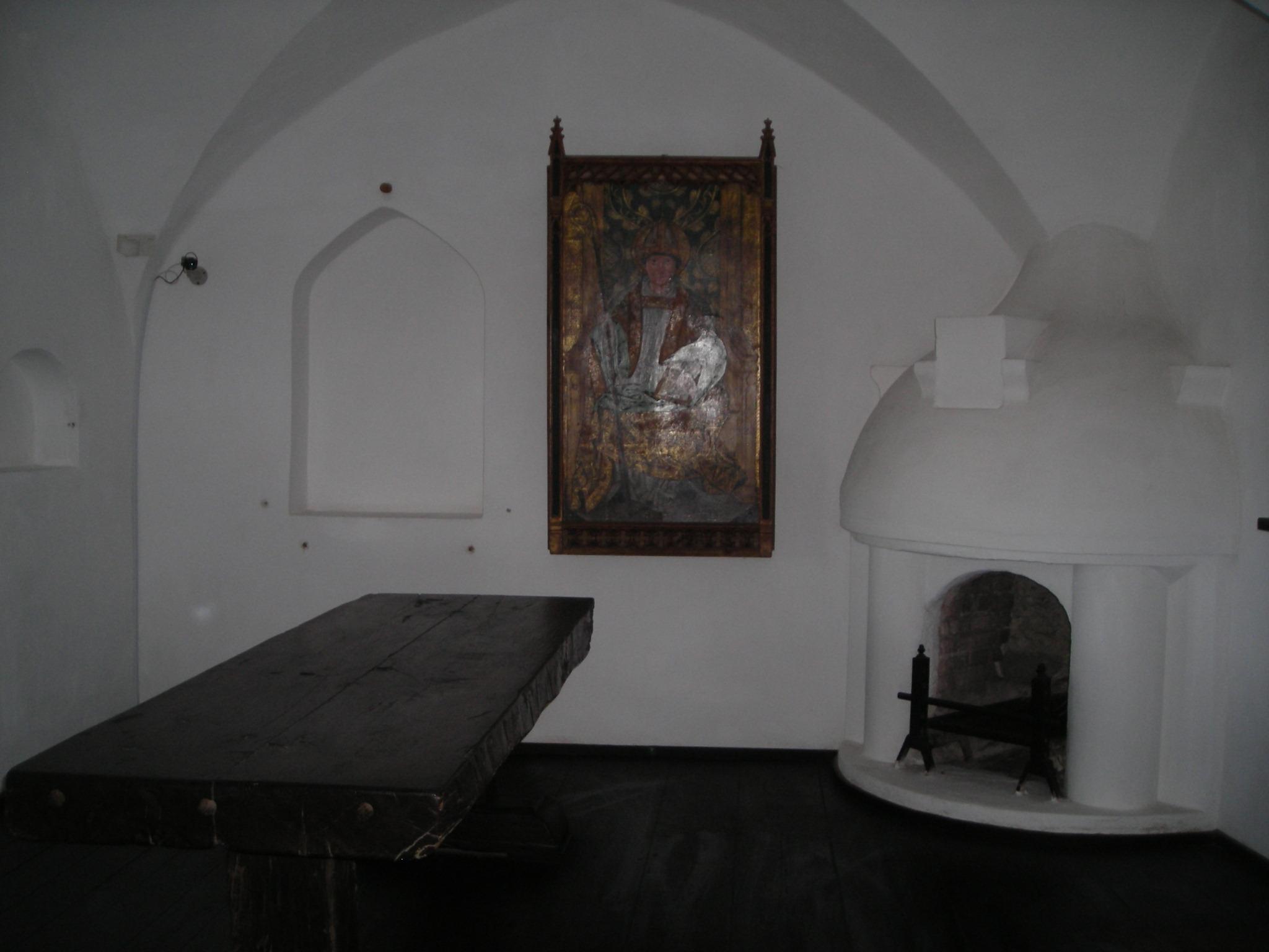 File castillo de bran interior wikimedia commons - Cocinas castillo ...