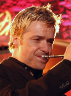 Chris Botti at Thorton Winery 2006 retouched 140x190.jpg