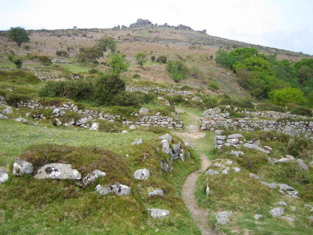 Dartmoor, Hound Tor deserted medieval village - geograph.org.uk - 435564
