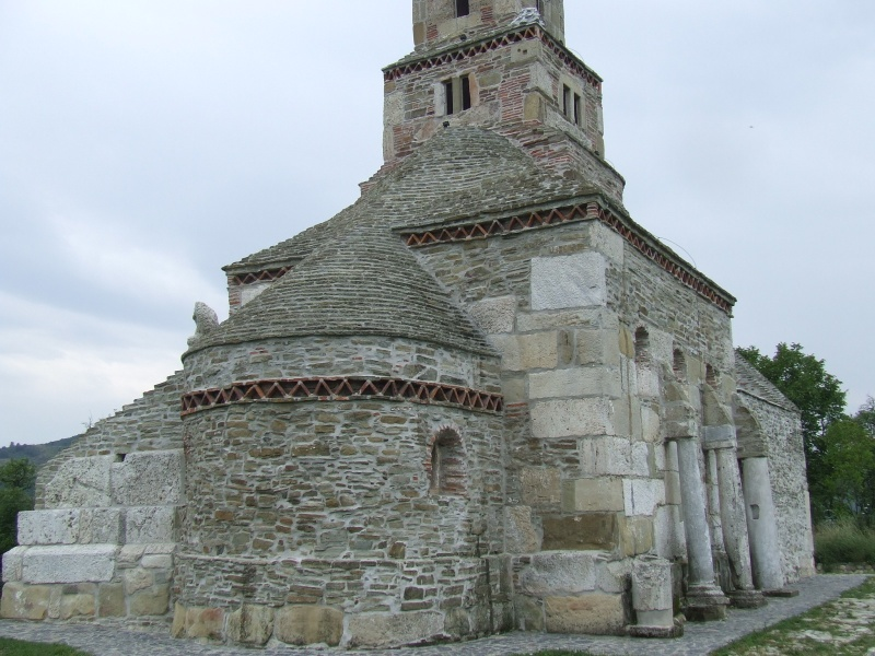 File:Densus church 09.JPG