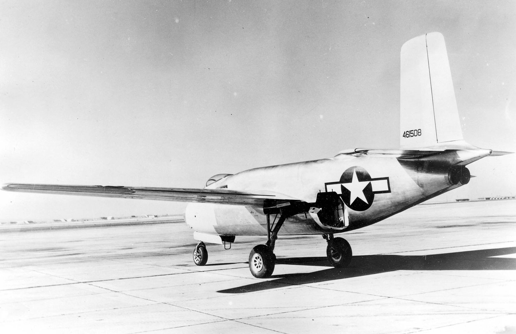 Douglas XB-43 rear.jpg