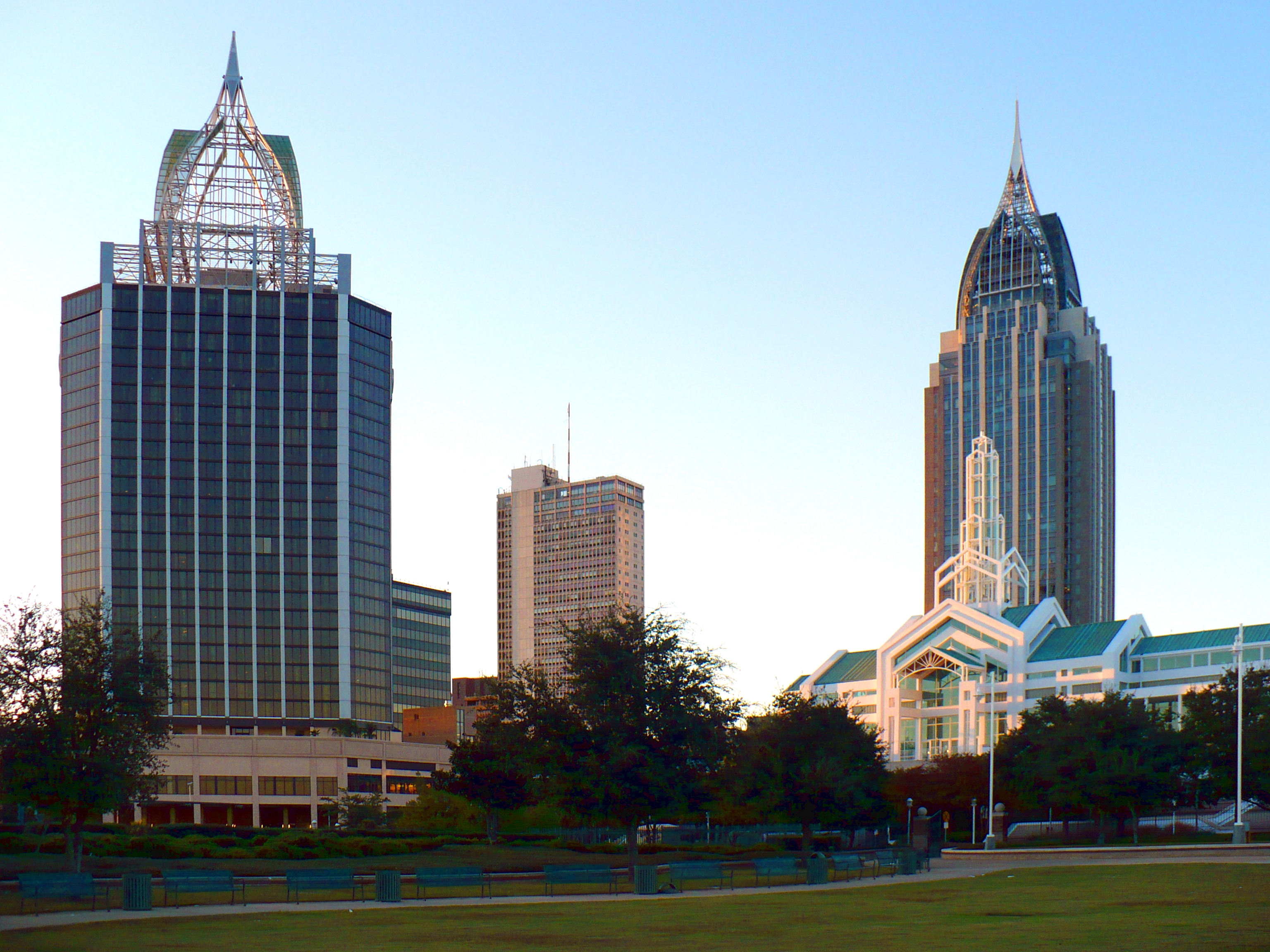 Downtown In 2008 As Seen From Cooper Riverside Park Buildings Include L To R Renaissance Mobile Riverview Plaza Hotel Rsa Banktrust Building