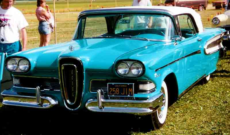 http://upload.wikimedia.org/wikipedia/commons/3/3e/Edsel_Citation_Convertible_1958.jpg