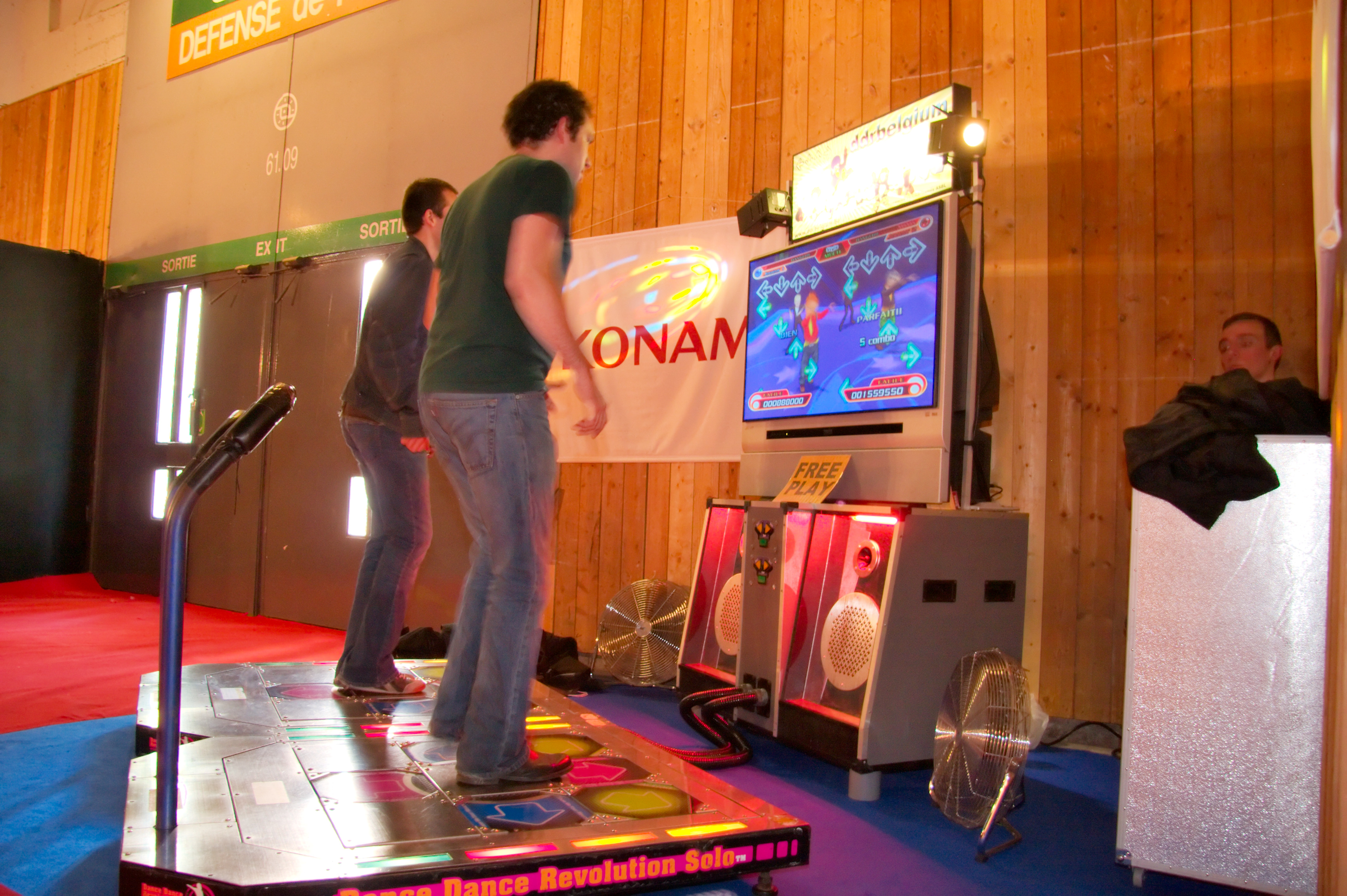an analysis of the game dance dance revolution Dance dance revolution (ddr), also known as dancing stage in earlier games  in europe,  depending on the edition of the game, dance steps are broken into  various levels of difficulty, often by colour difficulty is loosely separated into 3–5 .
