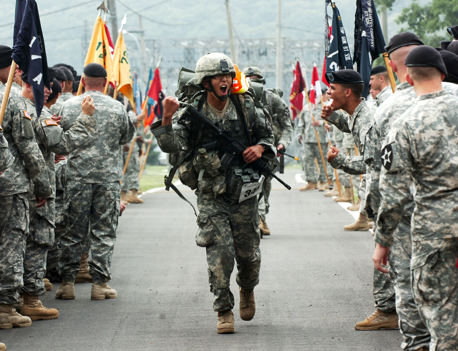 File:Flickr - The U.S. Army - Expert Infantry Badge test.jpg ...