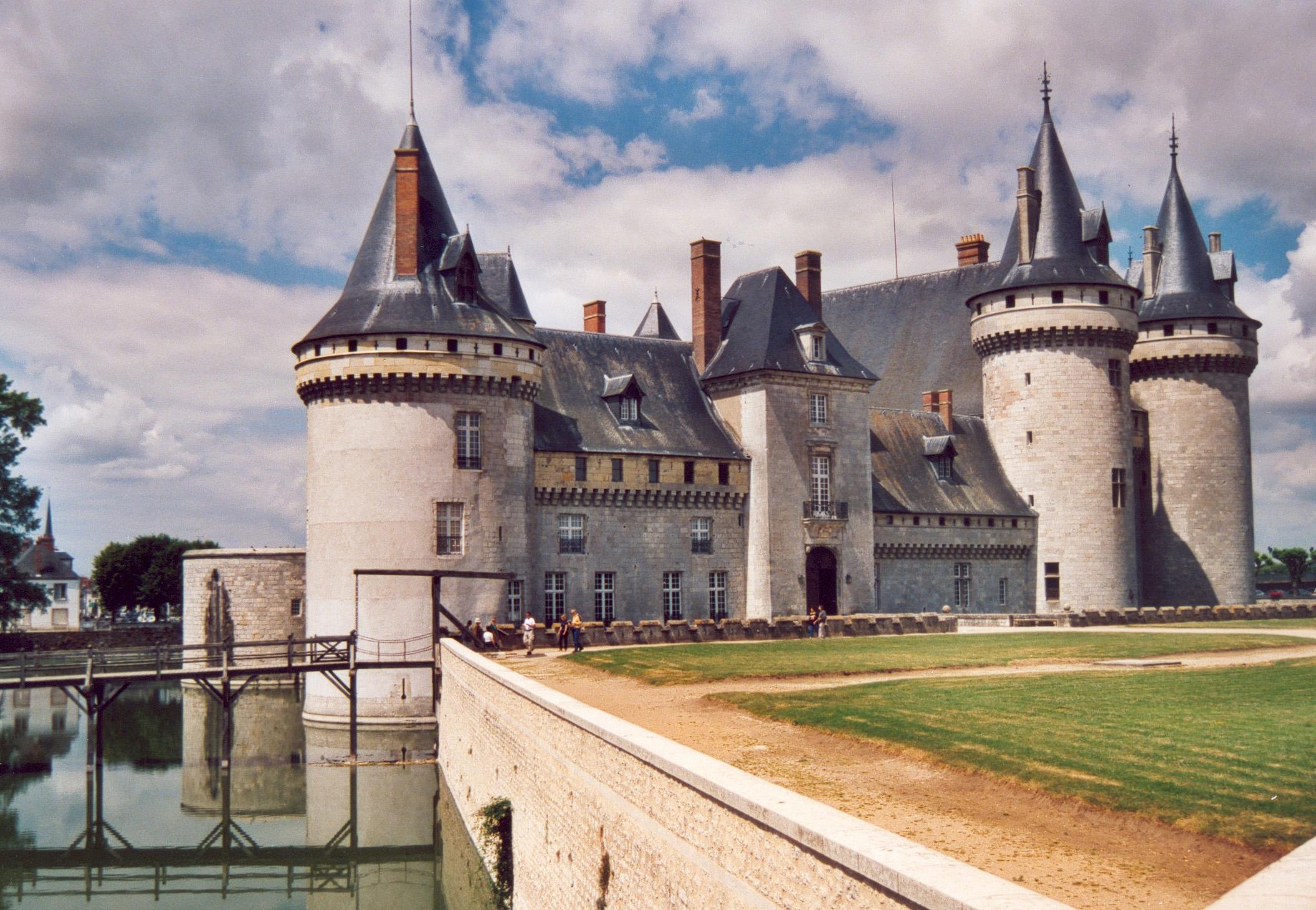 Sully Sur Loire Foot Château de Sully-sur-loire