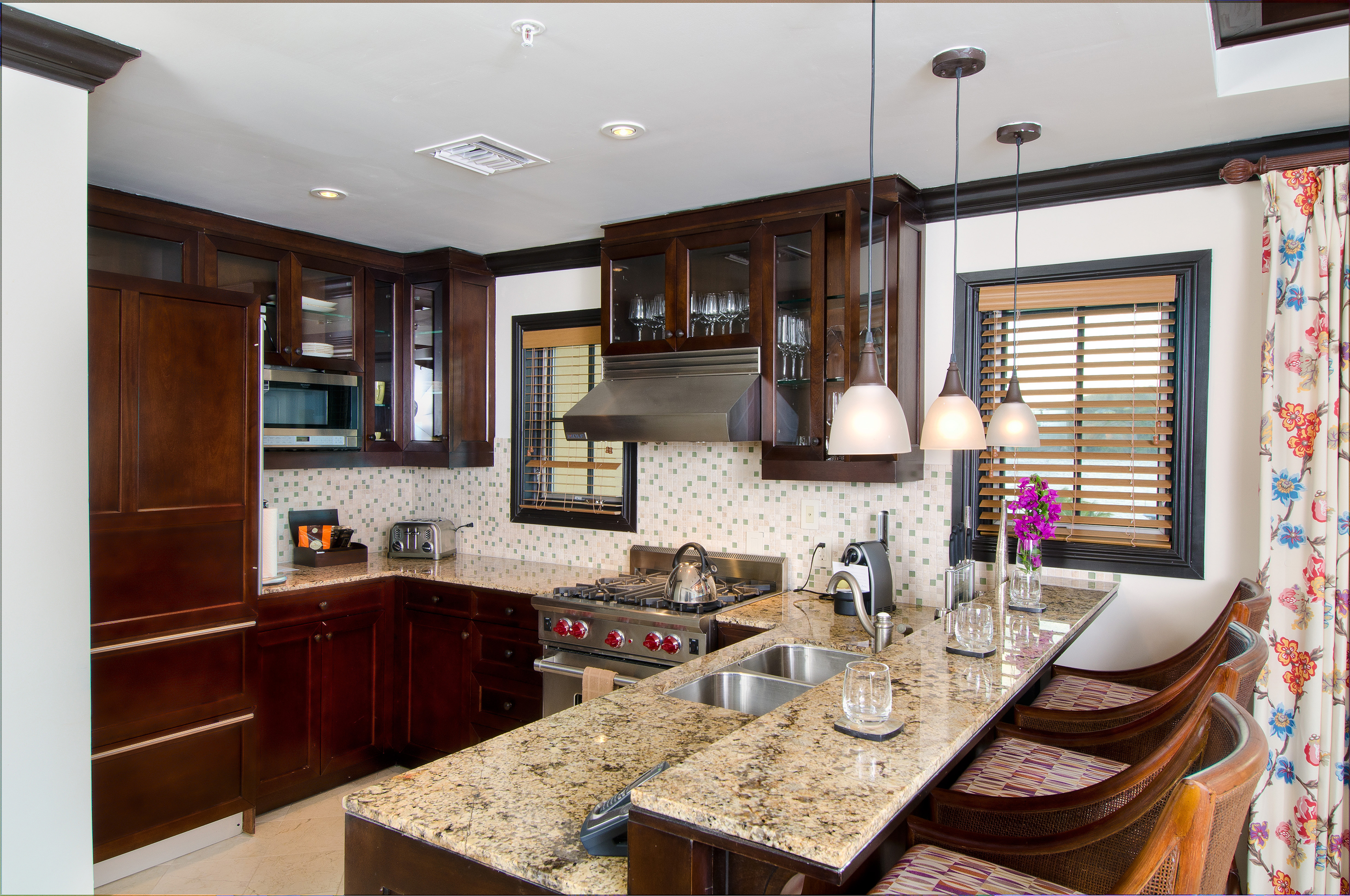 What Is A Kitchen Island With Pictures: File:Gourmet Kitchen Scrub Island Resort, Spa & Marina.jpg