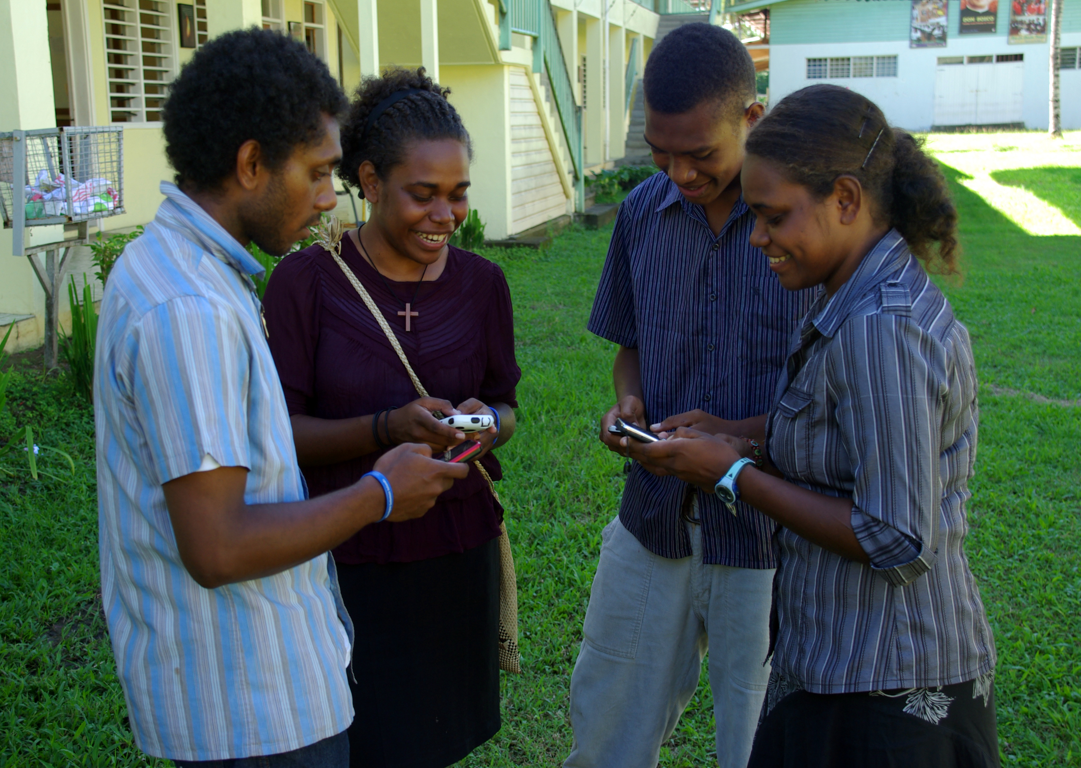 Group_of_young_people_texting_on_mobile_phones._%2810699648676%29.jpg?profile=RESIZE_400x