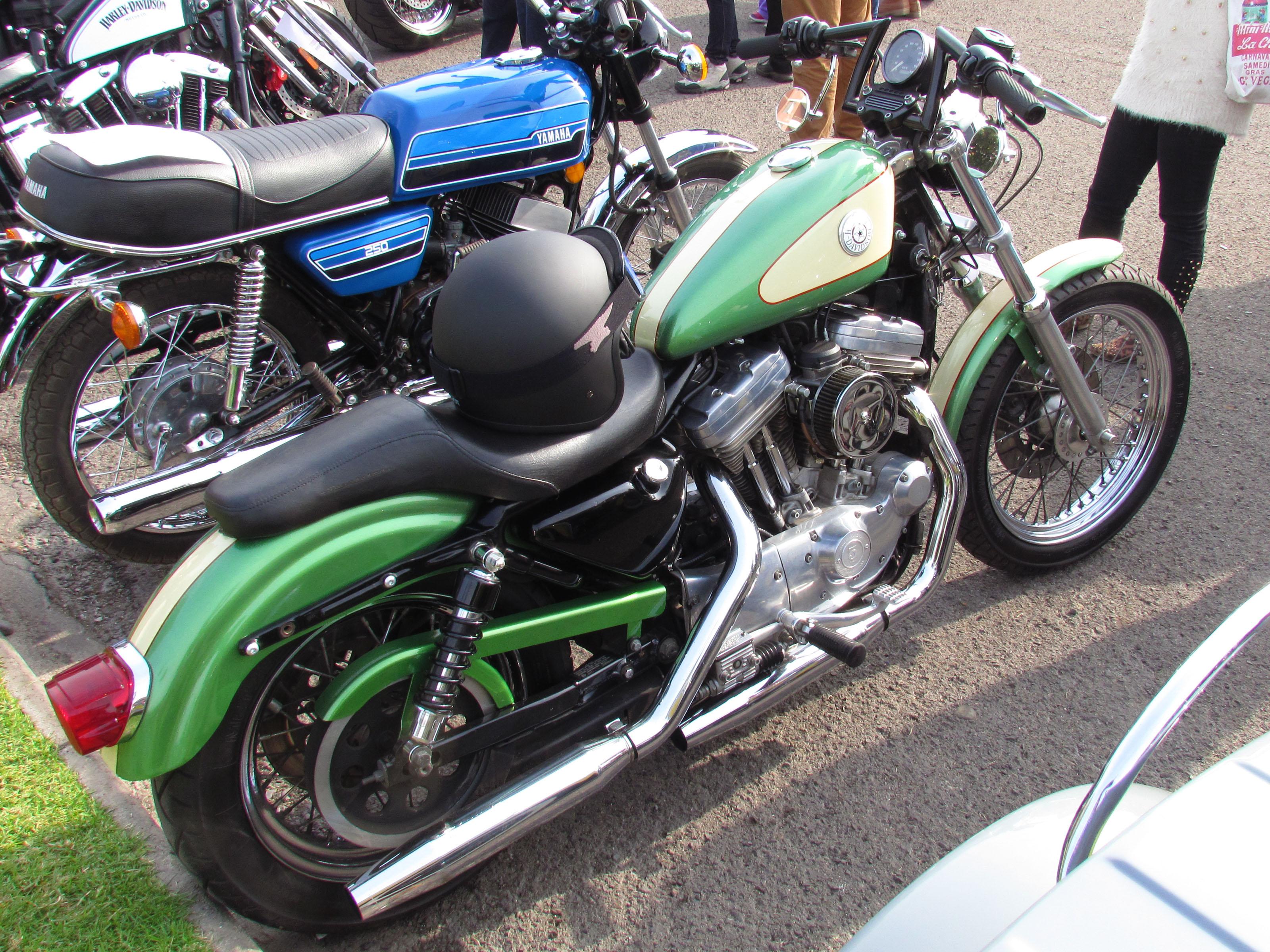 File:Harley Davidson 883 Sportster 1997 (14122005799).jpg
