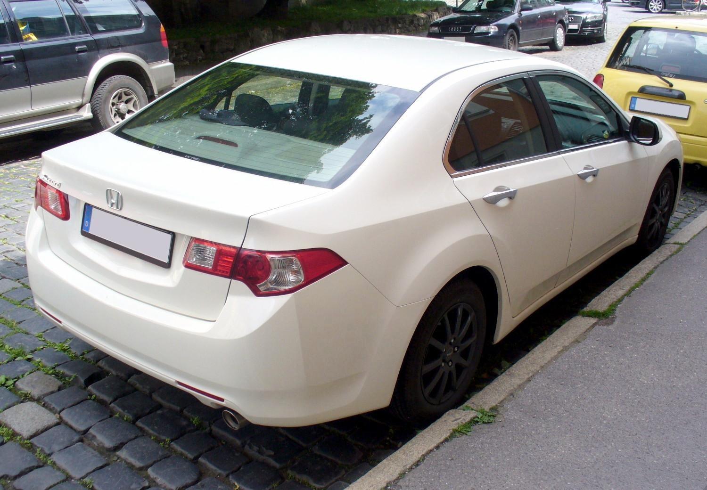 File honda accord comfort 2 0 premiumwhite heck jpg for Honda accord 2 0