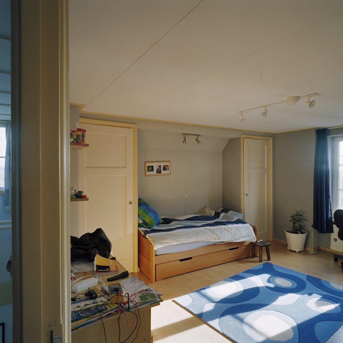 fileinterieur eerste verdieping overzicht slaapkamer met kastenwand wouw 20363666 rce