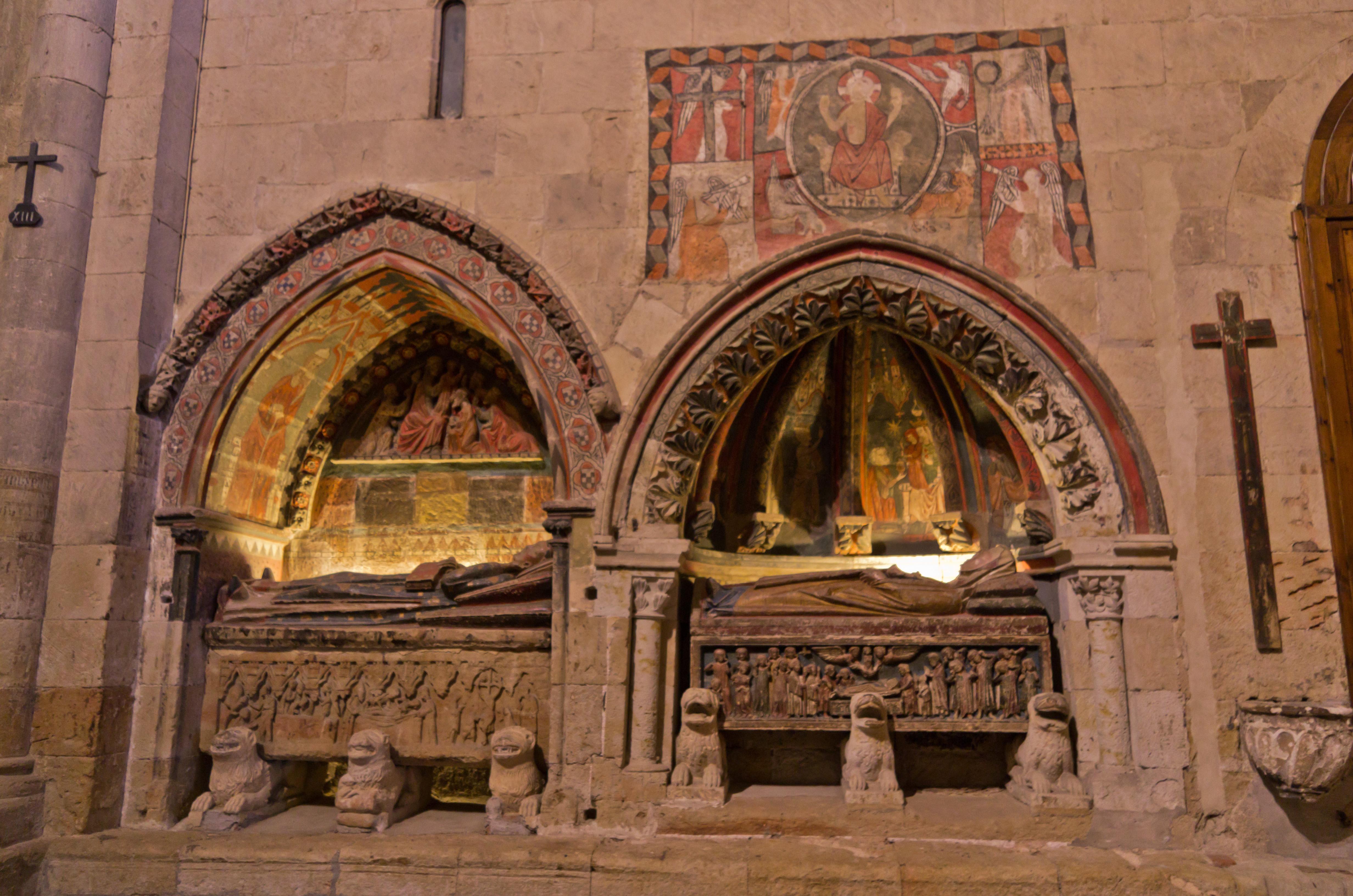 File:Interiores de la Catedral Vieja de Salamanca 11.jpg ...