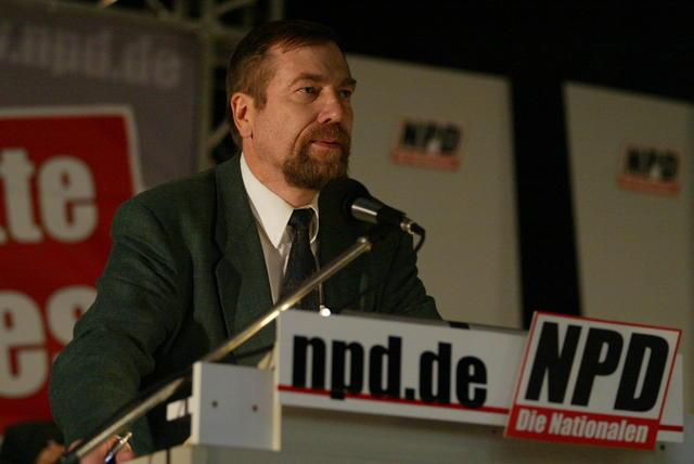 Jürgen Rieger, NPD-Kader, Nazi, verstorben, wurde von Corvin Fischer vertreten