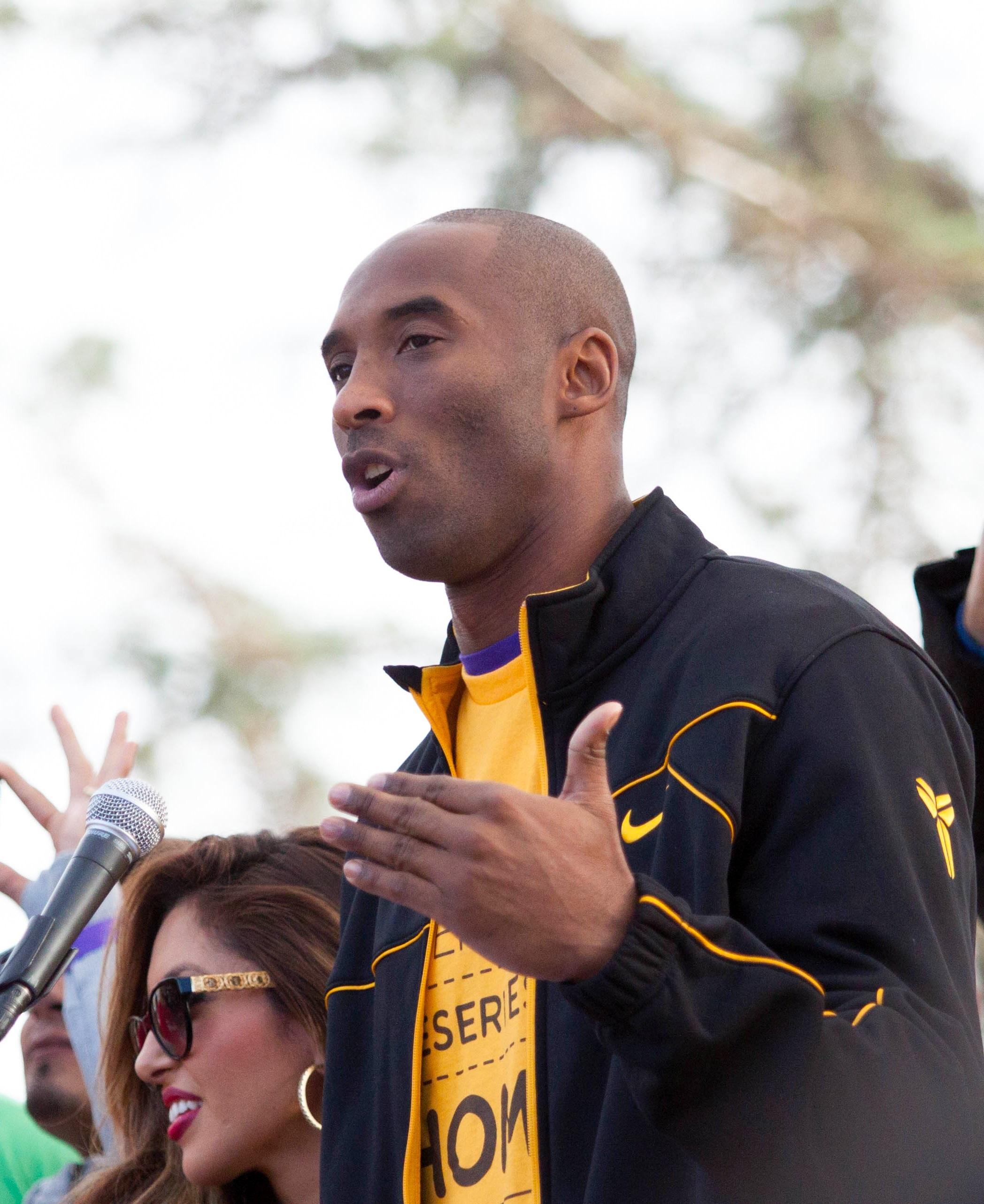 Kobe Bryant gives a speech