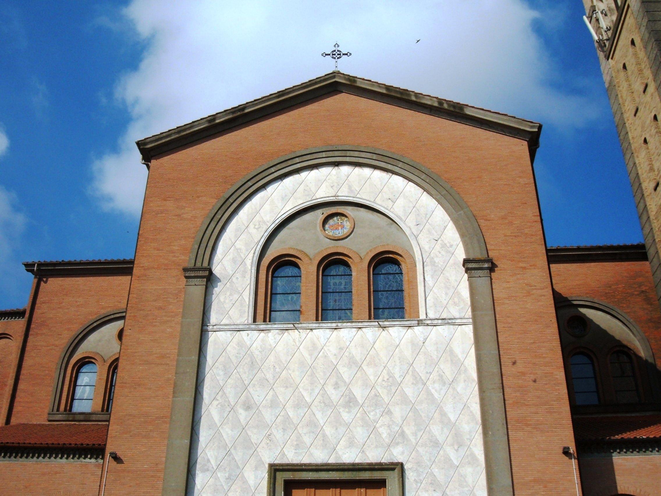 File la storta roma sacri cuori di ges e maria 2 jpg for Arredi sacri roma