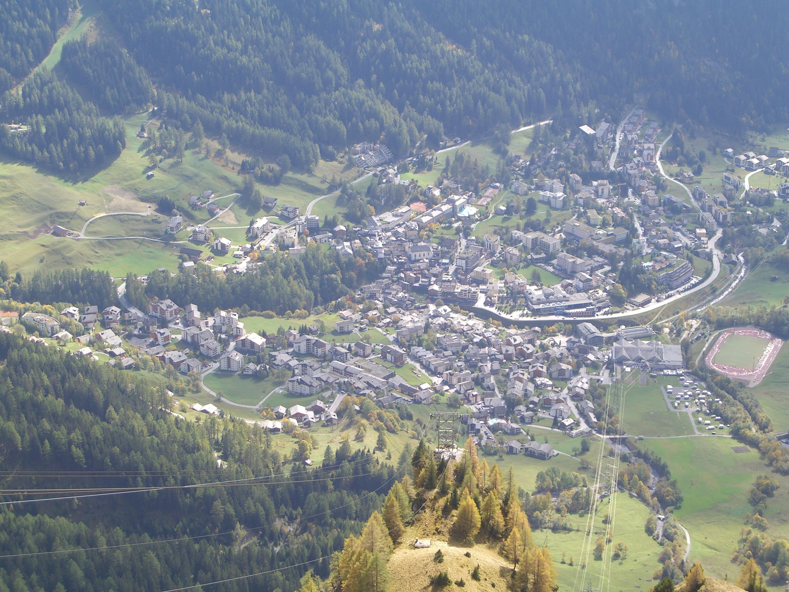 Leukerbad Switzerland  city photo : Leukerbad aerial view Wikimedia Commons