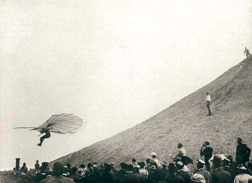 Lilienthal in flight