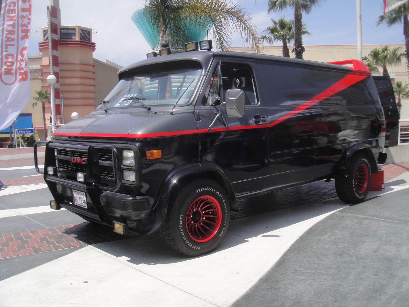 1994 Gmc Conversion Van >> File:Long Beach Comic Expo 2012 - A-Team van (7186650356).jpg - Wikimedia Commons