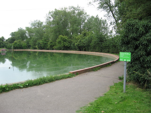 Lower Lake, Earlswood Common, near Redhill, Surrey - geograph.org.uk - 1434239