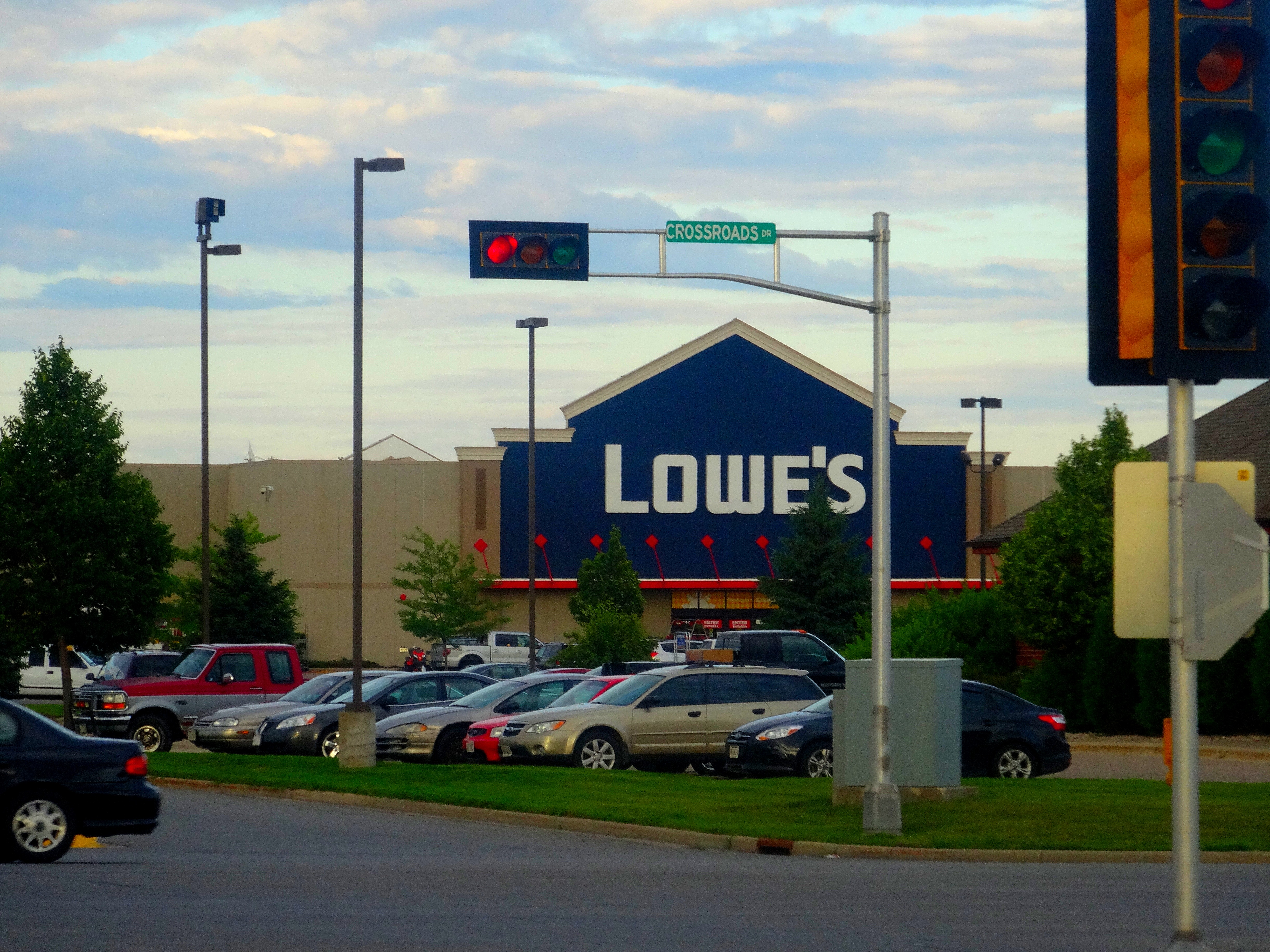Lowes® Home Improvement Store - panoramio.jpg Lowes® Home Improvement Store Date Taken on 3 July 2014 Source https://www.panoramio.com/photo/109009892