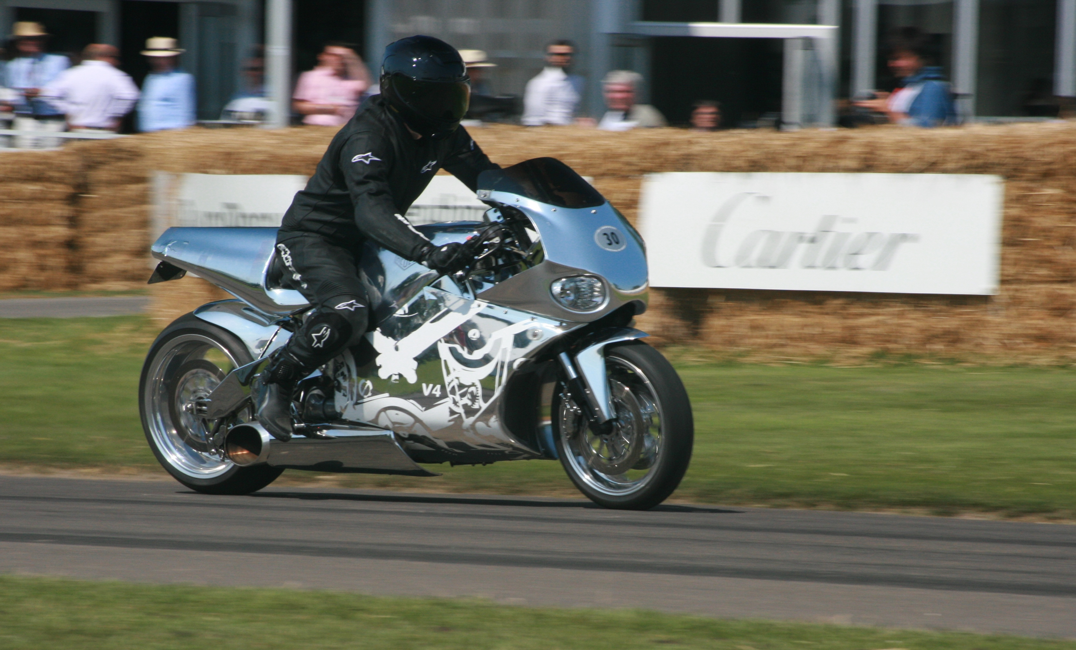 MTT Turbine Superbike - Wikipedia
