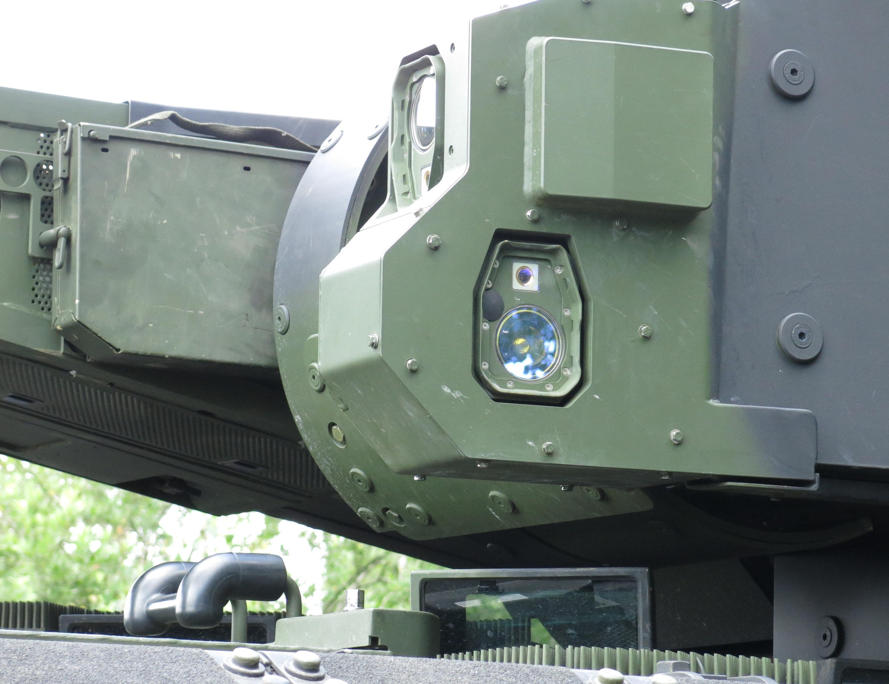 https://upload.wikimedia.org/wikipedia/commons/3/3e/MUSS_sensors_on_Puma_IFV_turret.JPG