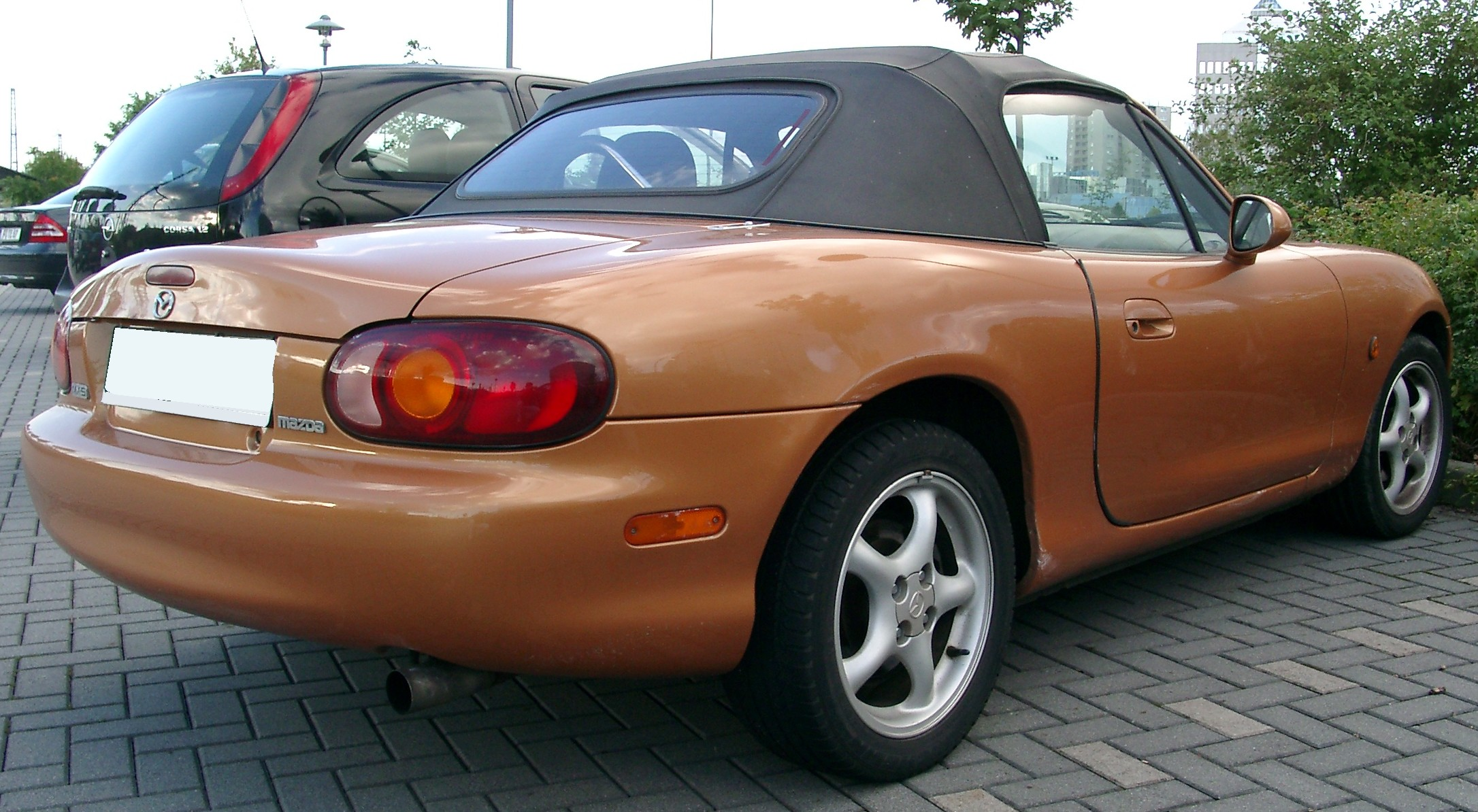 file mazda mx5 rear wikimedia commons. Black Bedroom Furniture Sets. Home Design Ideas