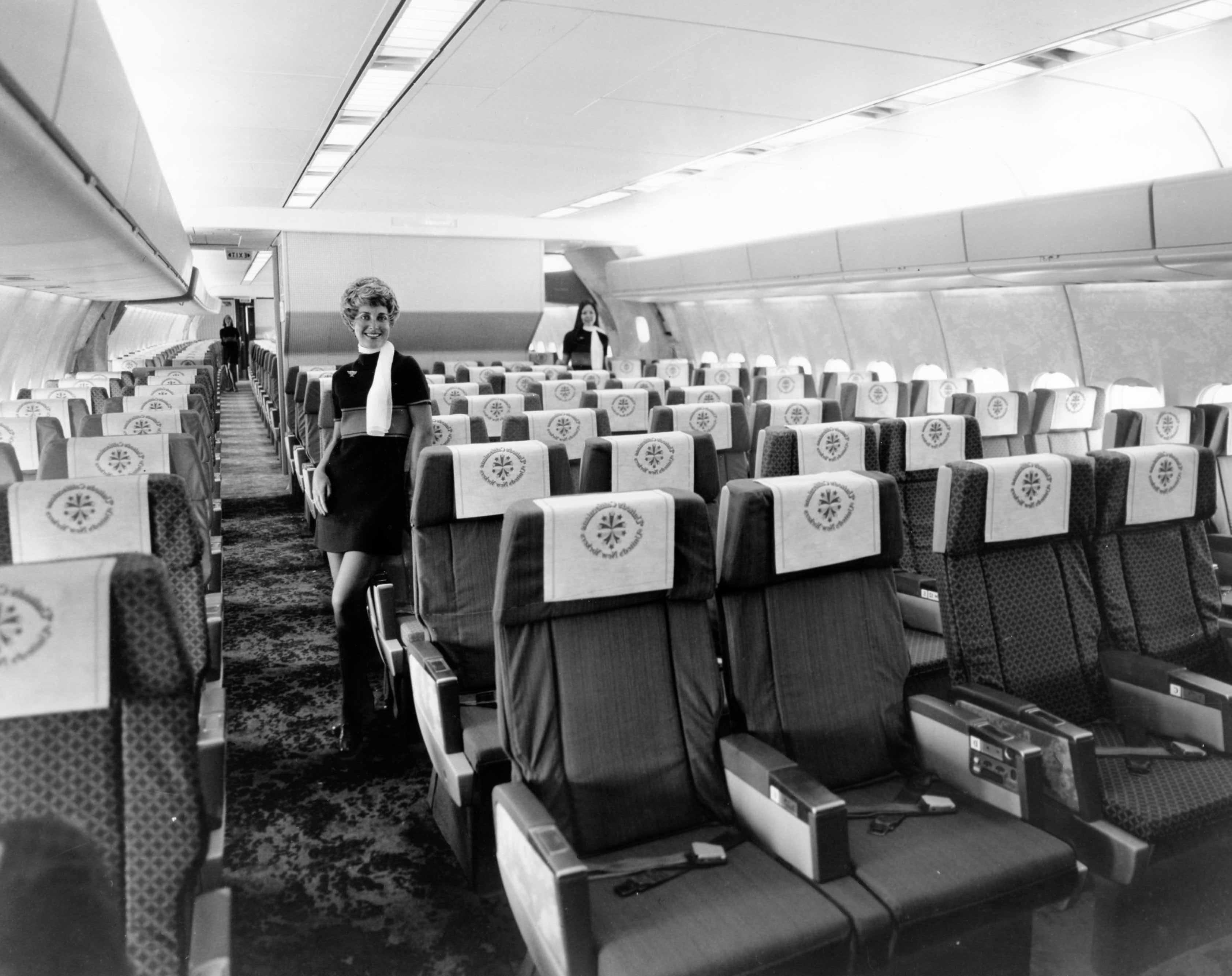File mcdonnell douglas dc 10 interior cj406257 jpg for First class 8 interieur