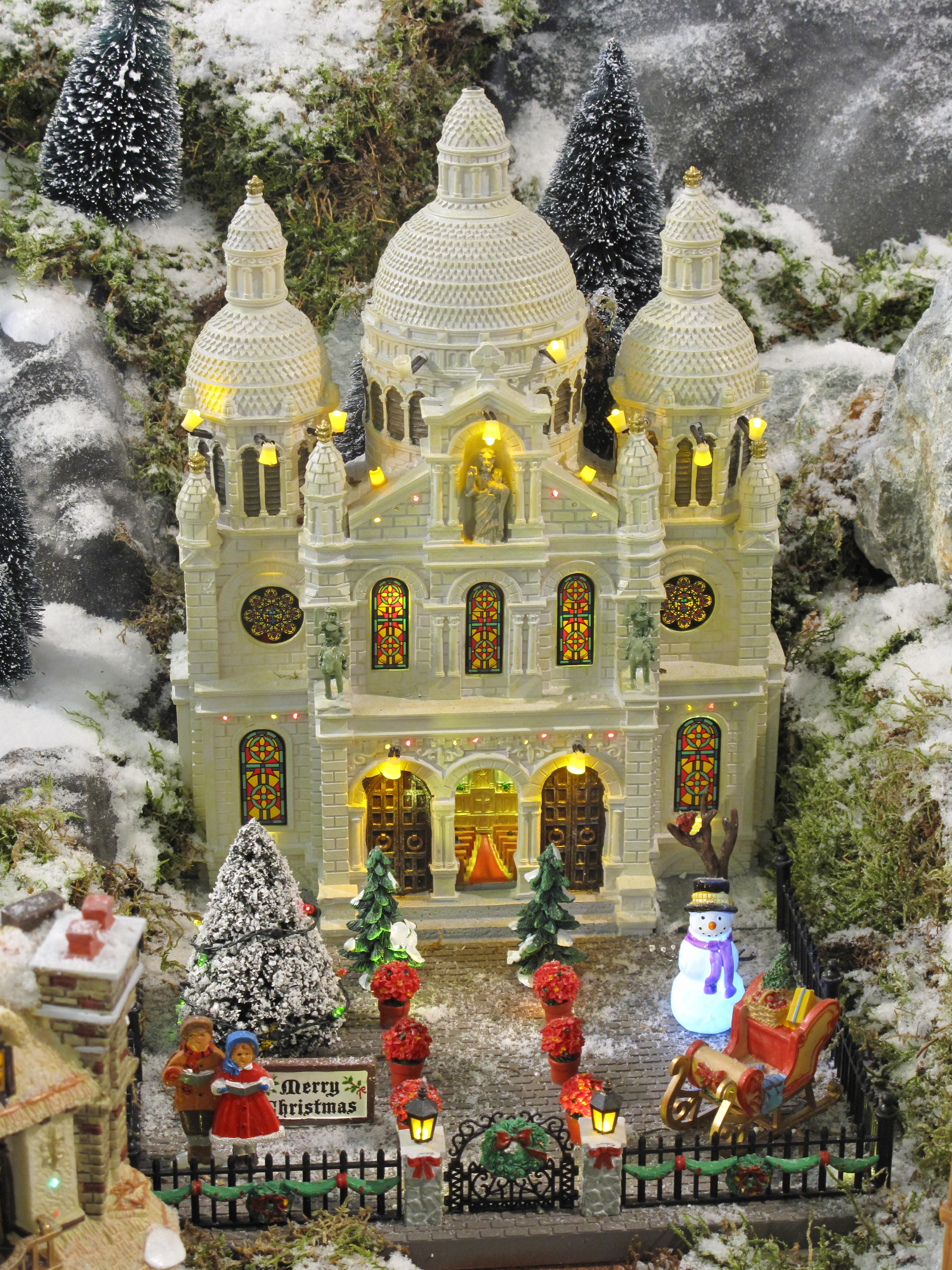 File Model of church sold as Christmas decoration Wikimedia