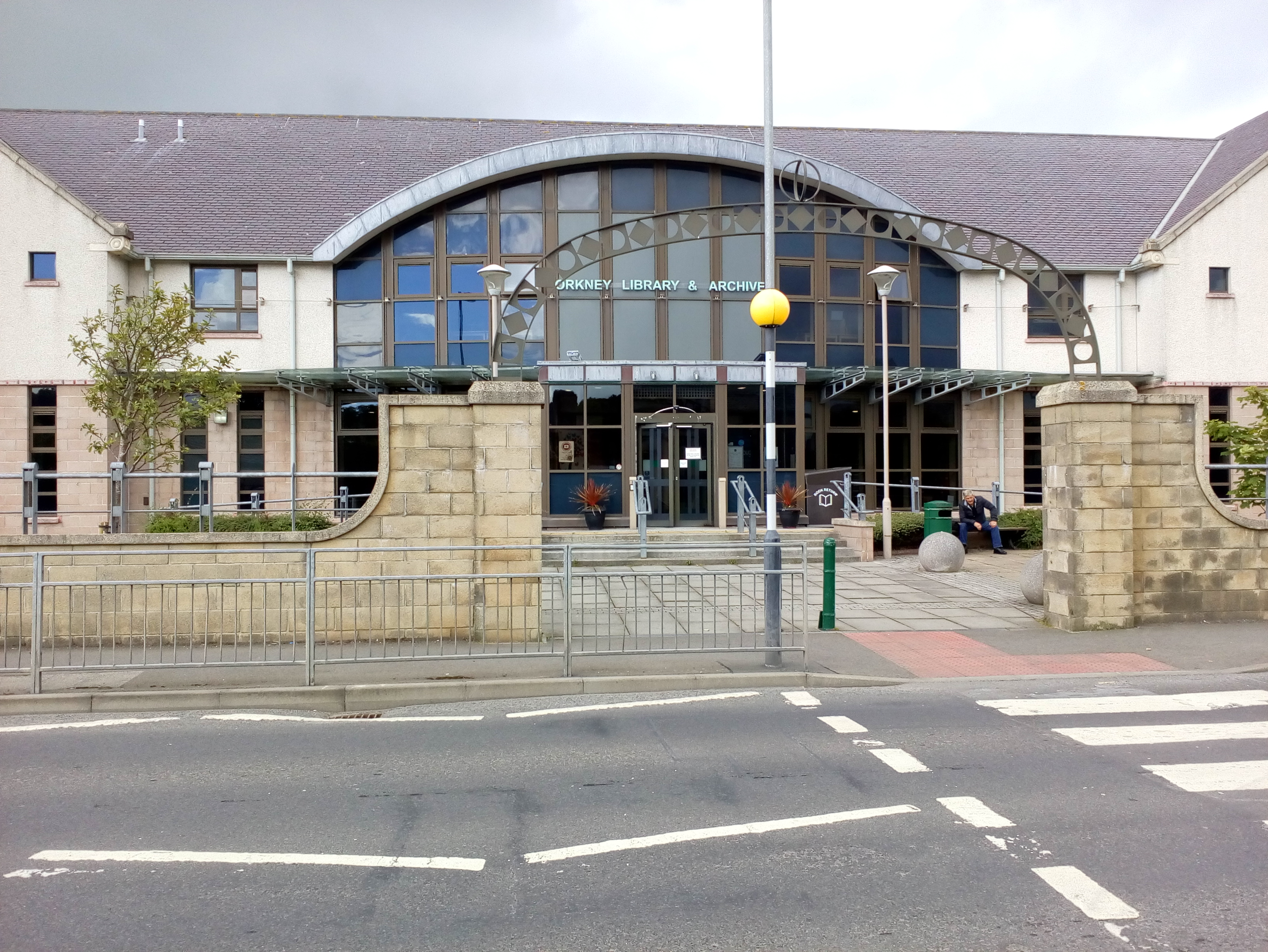 orkney library and archive in kirkwall.jpg