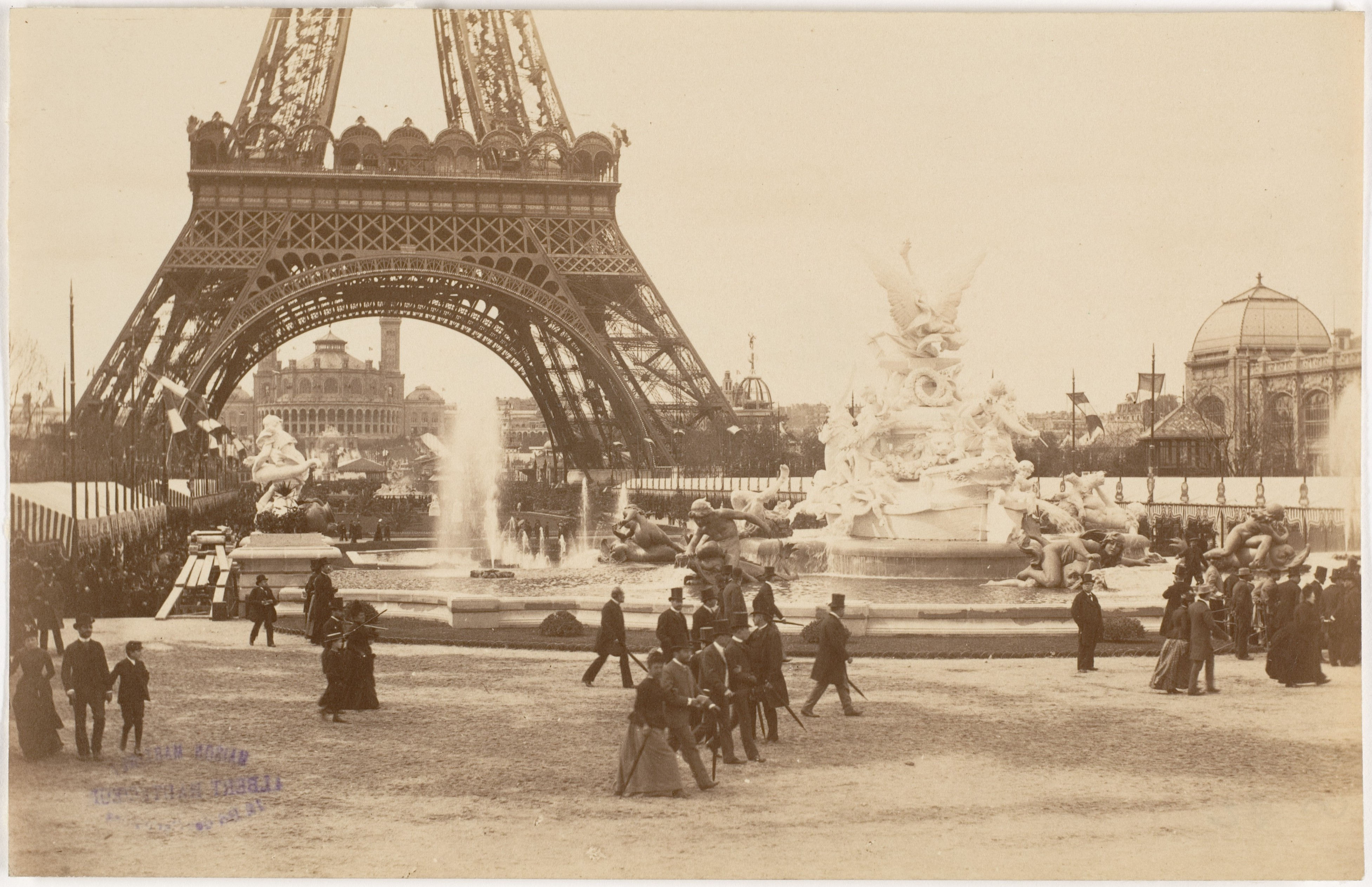 the history of paris Paris: paris, city and capital of france, located in the north-central part of the country located along the seine river, paris is one of the world's most important and attractive cities.