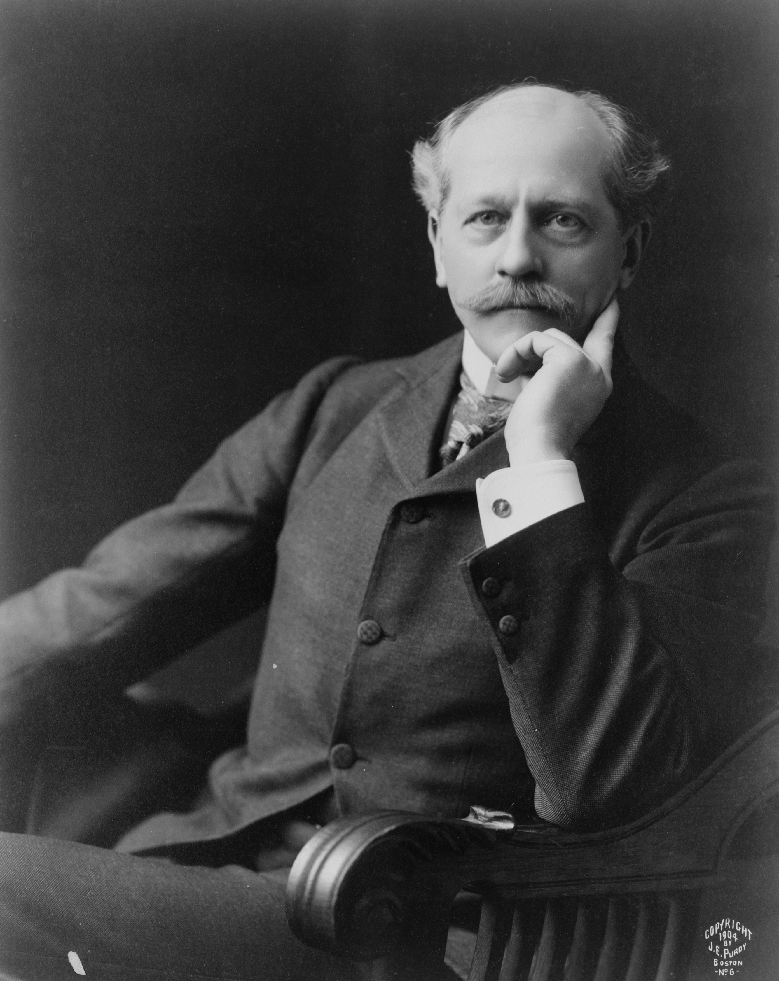 Image of Percival Lowell from Wikidata