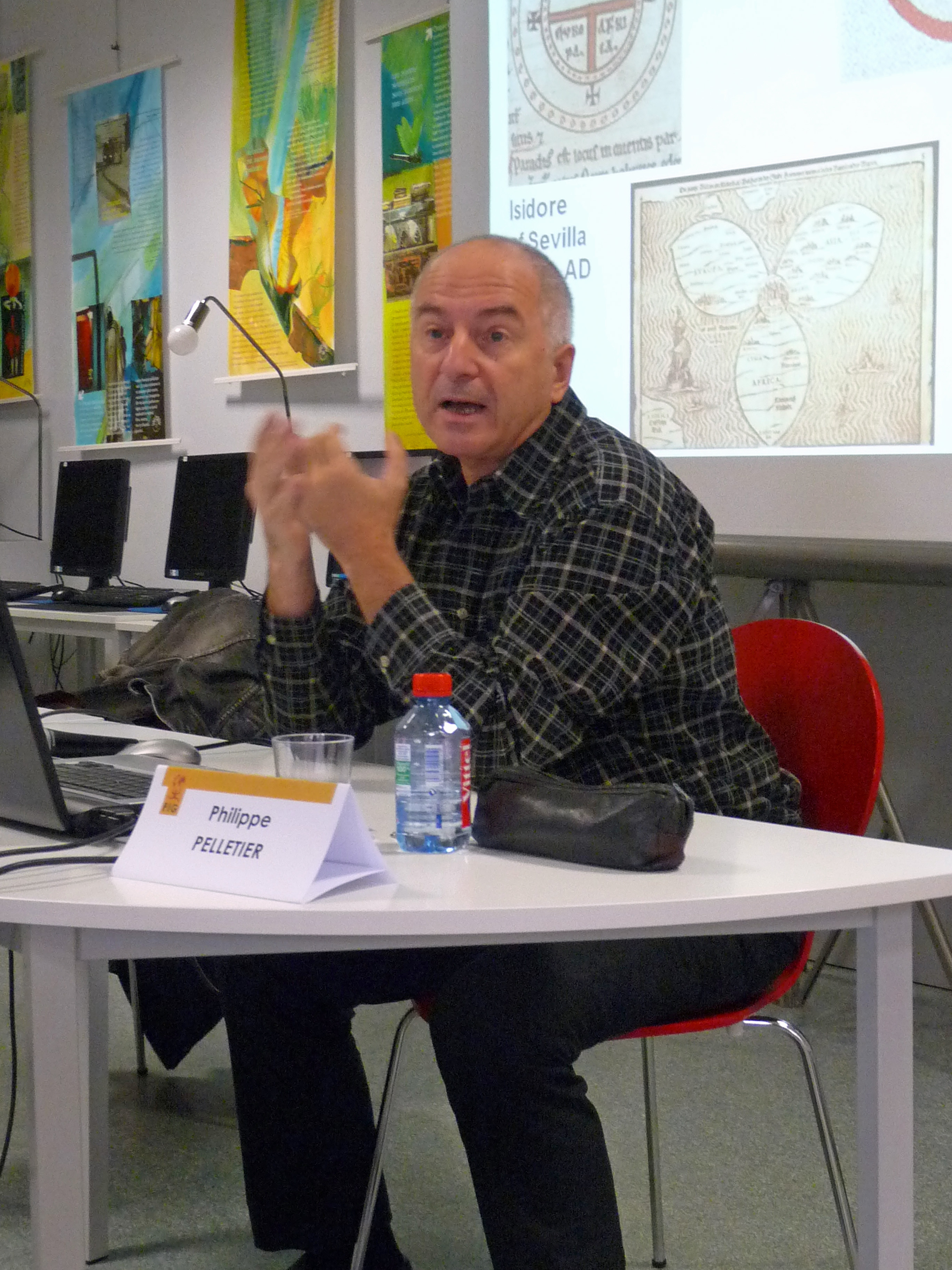http://upload.wikimedia.org/wikipedia/commons/3/3e/Philippe_Pelletier-Festival_international_de_géographie_2011_(2).jpg