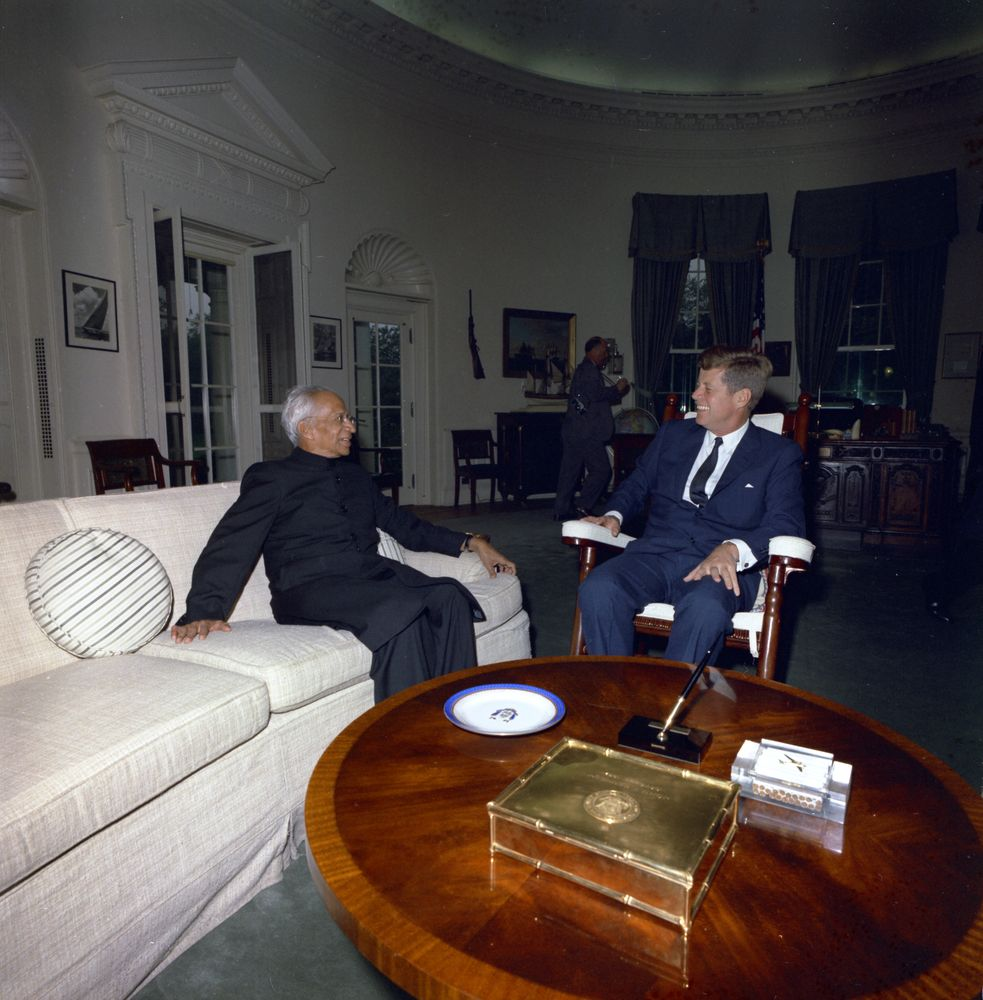 File President John F Kennedy With Indian Sarvepalli Radhakrishnan In The Oval