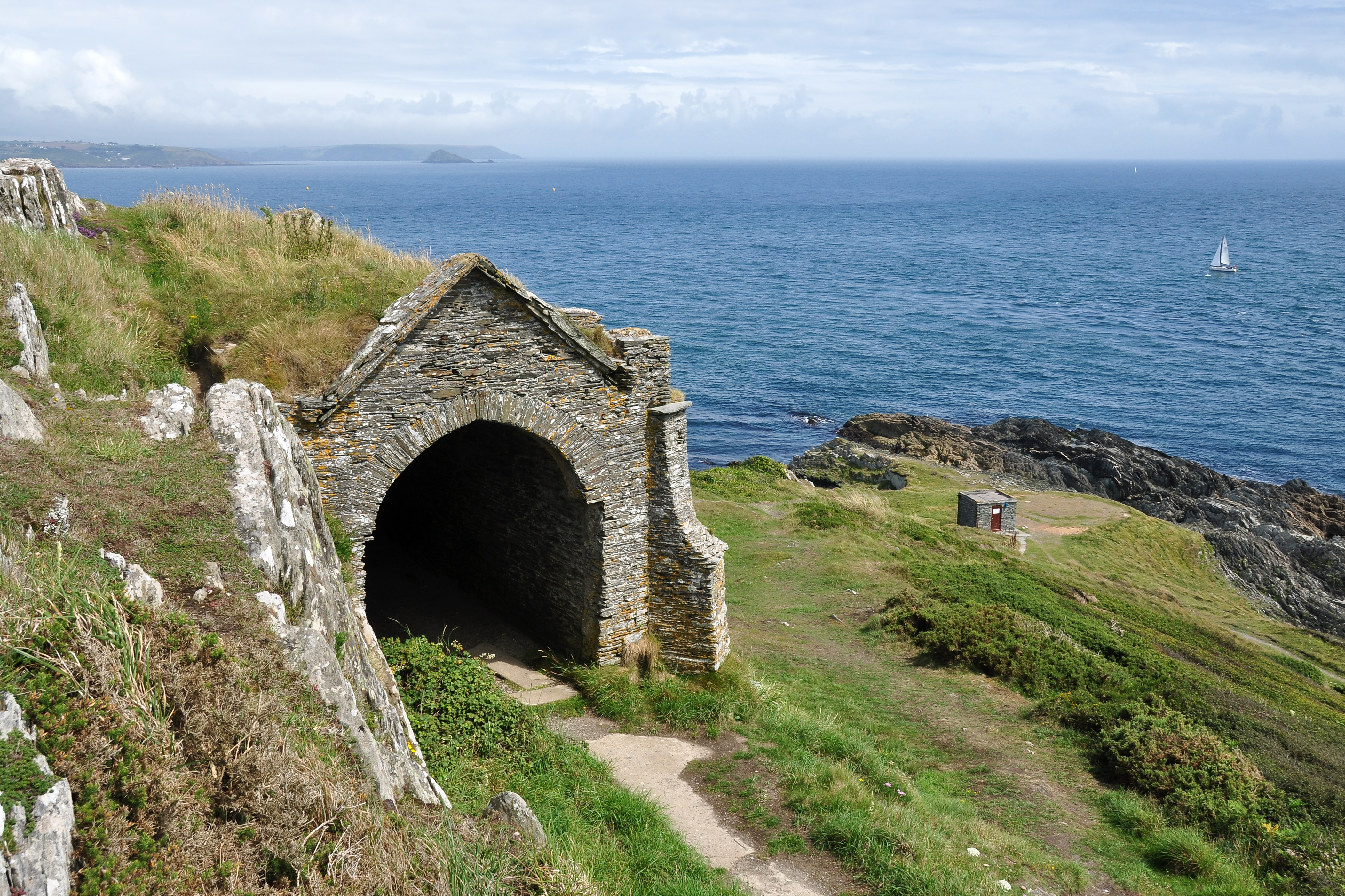 File Queen Adelaide S Grotto Penlee Point Jpg Wikimedia