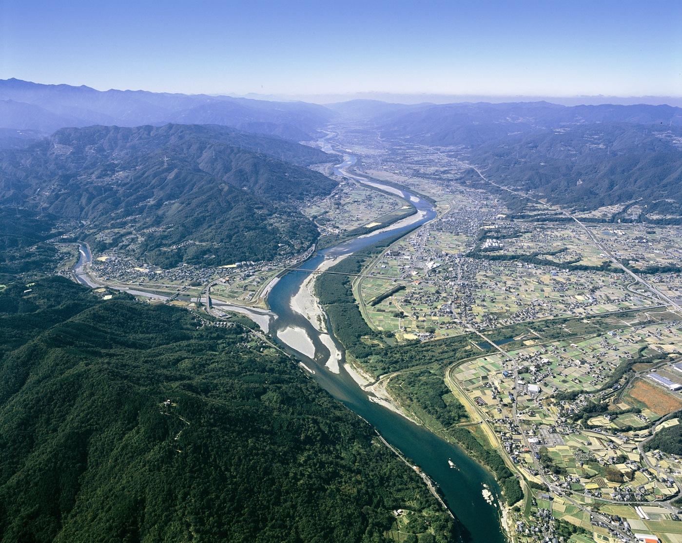 Tokushima Japan  City new picture : Bestand:Rivieren de Yoshino en Anabuki in Mima, Tokushima, Japan
