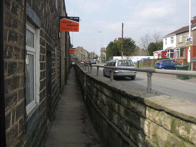 Rochdale Road Edenfield - geograph.org.uk - 399378